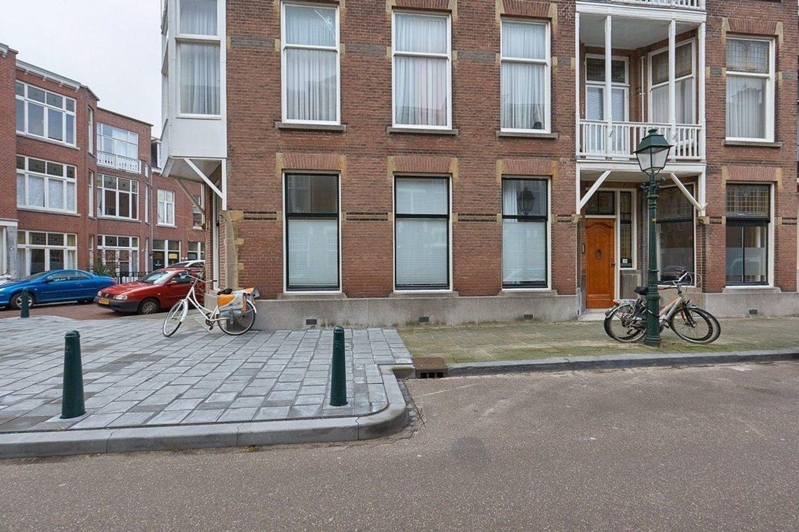Van Aerssenstraat, Den Haag foto-31 blur