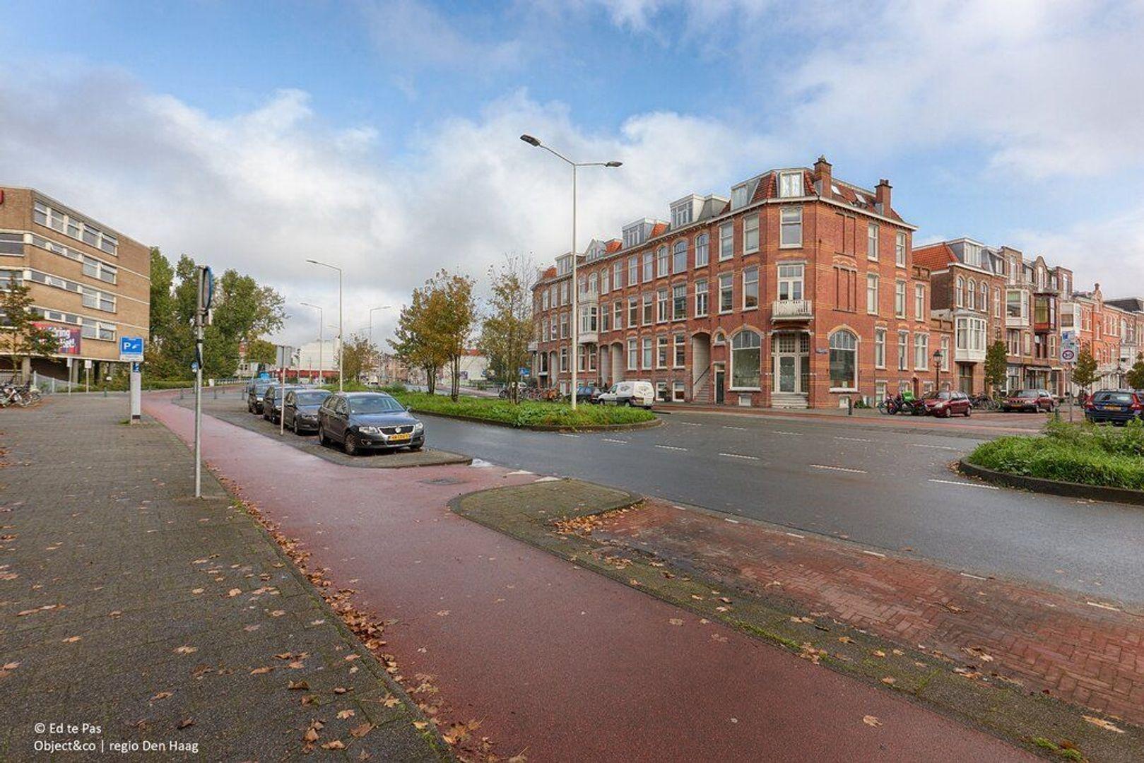 Groot Hertoginnelaan, Den Haag foto-32 blur