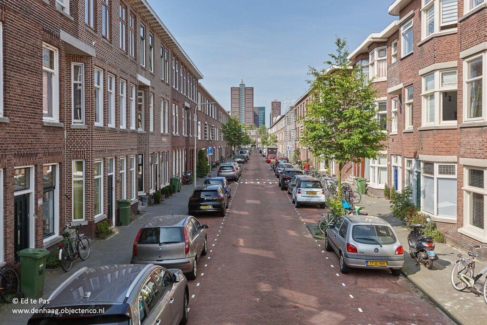 Usselincxstraat, Den Haag foto-29 blur