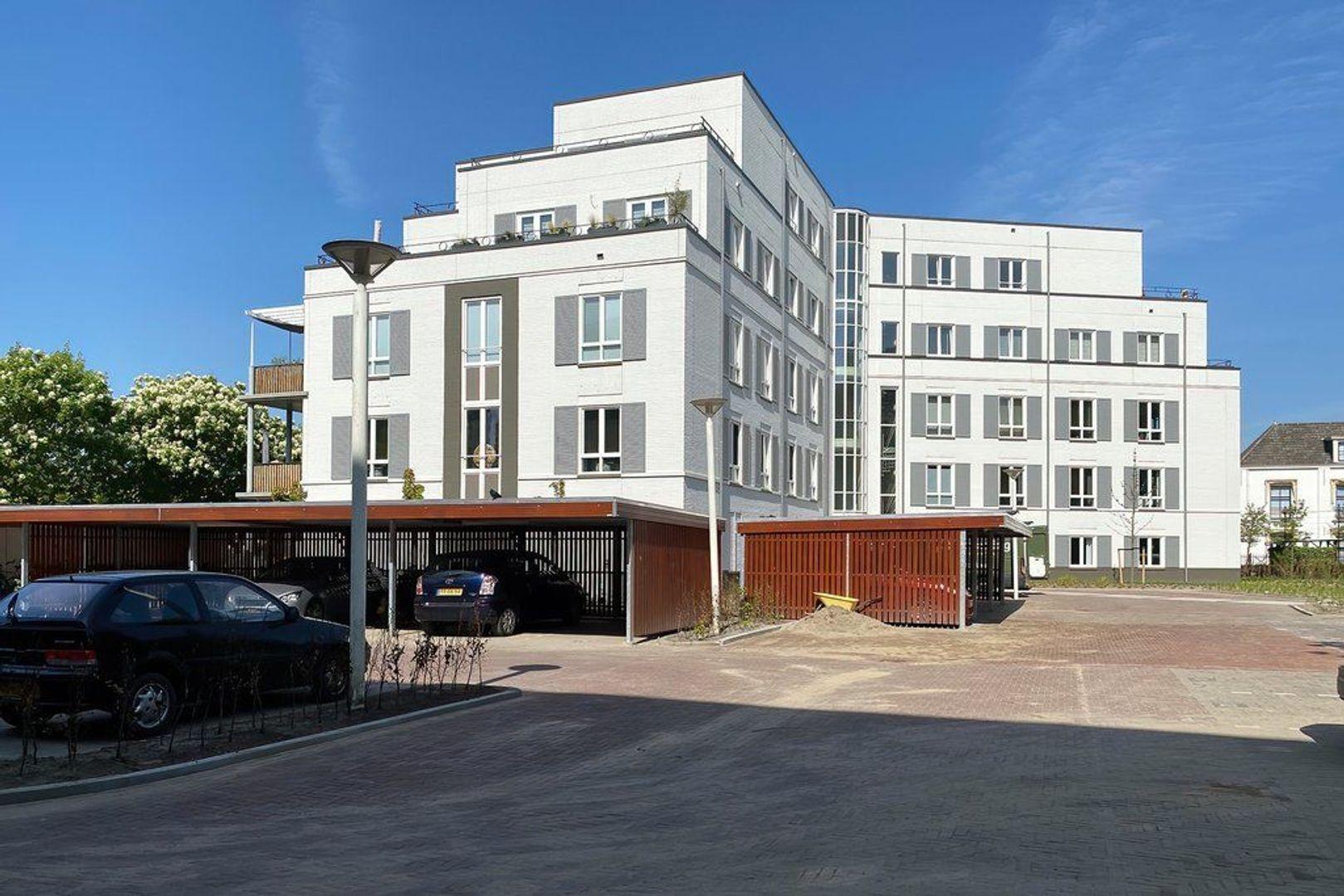 Laan van Beens, Rijswijk foto-1 blur
