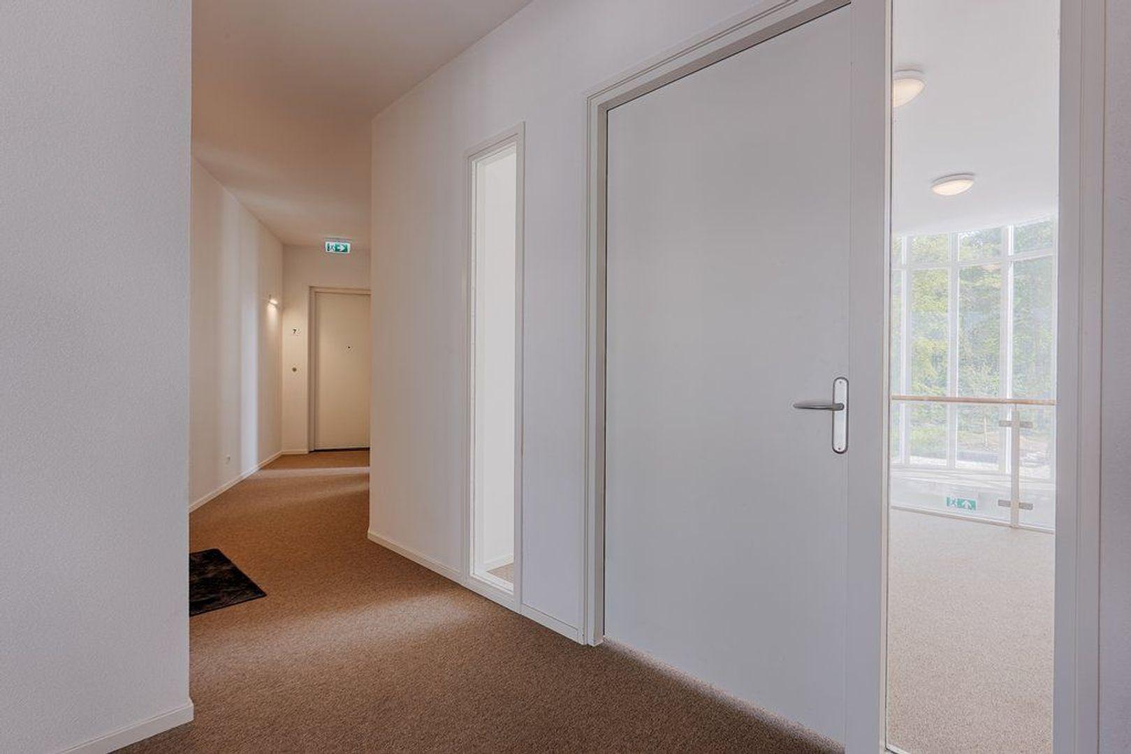 Laan van Beens, Rijswijk foto-5 blur