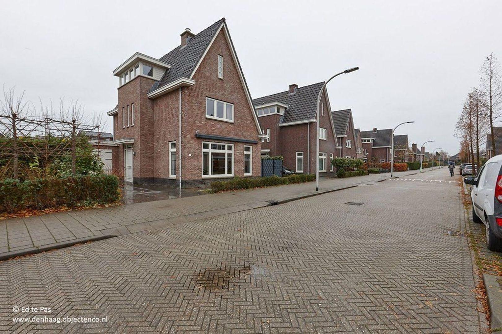 Hofweegenstraat, Nootdorp foto-0 blur