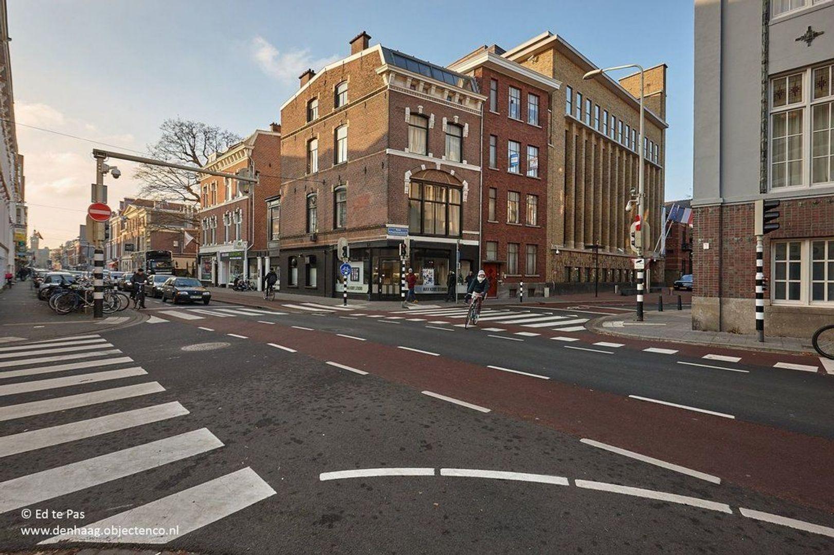 Anna Paulownastraat, Den Haag foto-23 blur