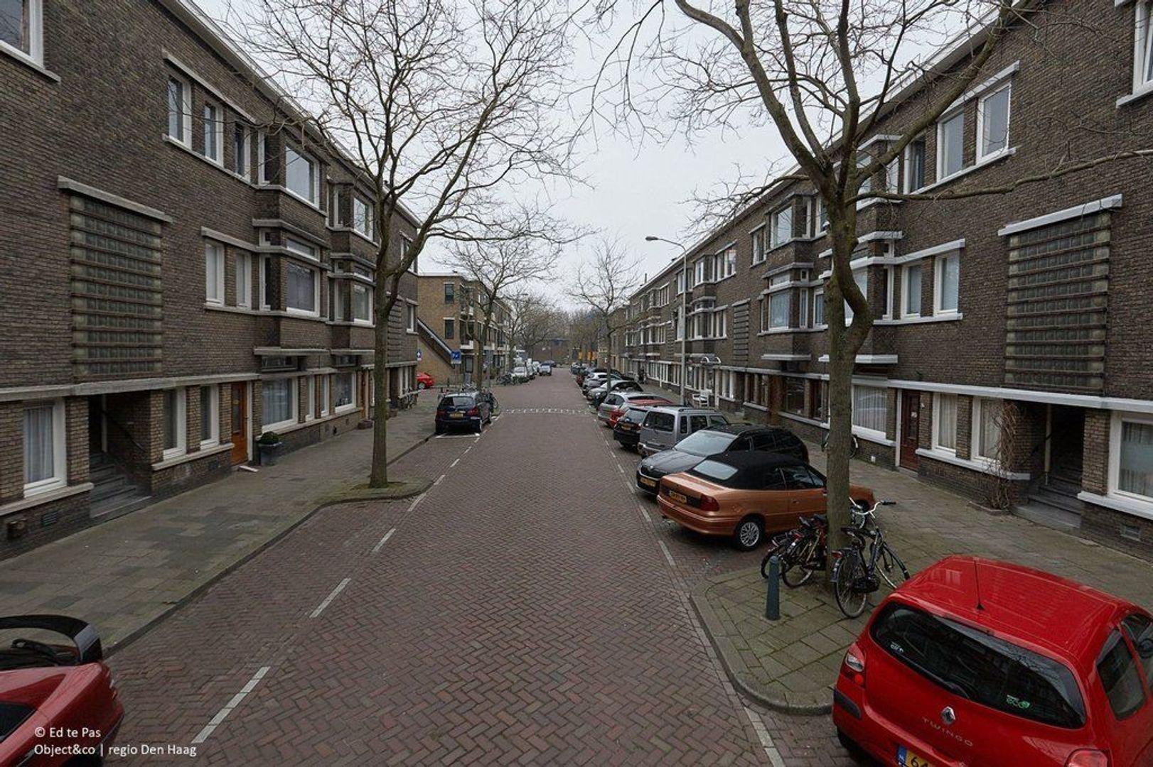 Van Heutszstraat, Den Haag foto-22 blur
