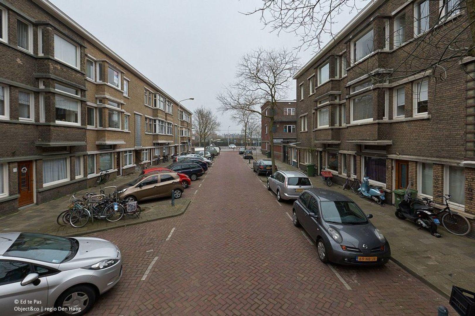 Van Heutszstraat, Den Haag foto-23 blur