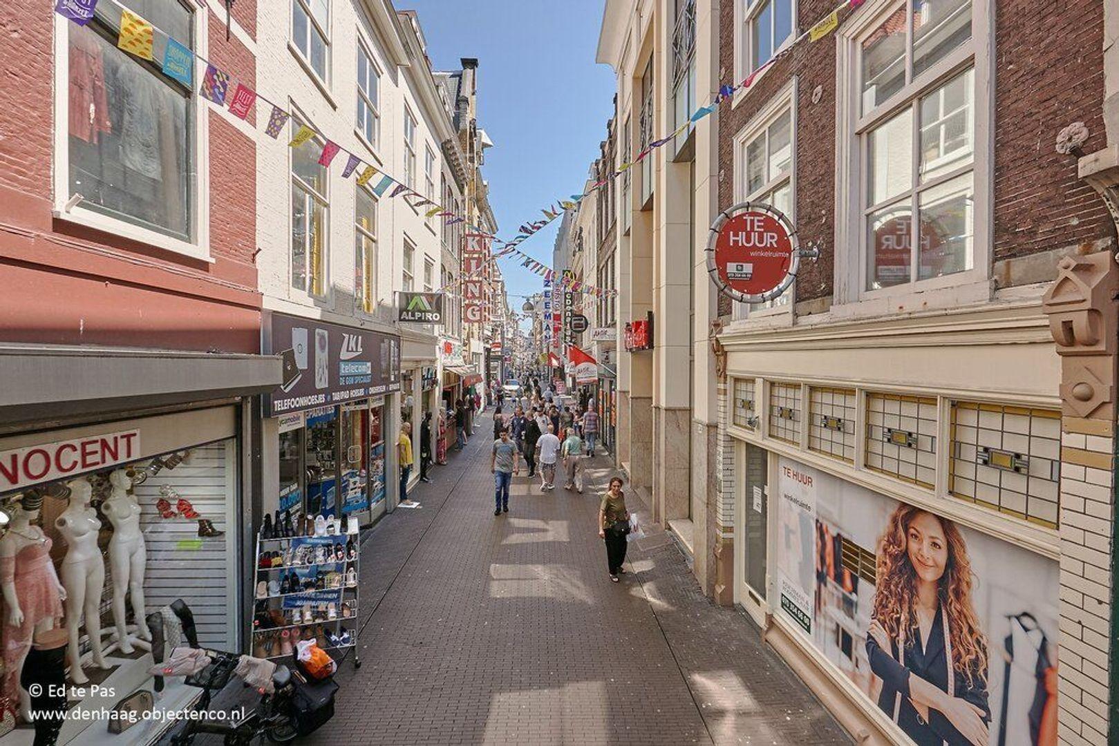 Lange Beestenmarkt, Den Haag foto-25 blur
