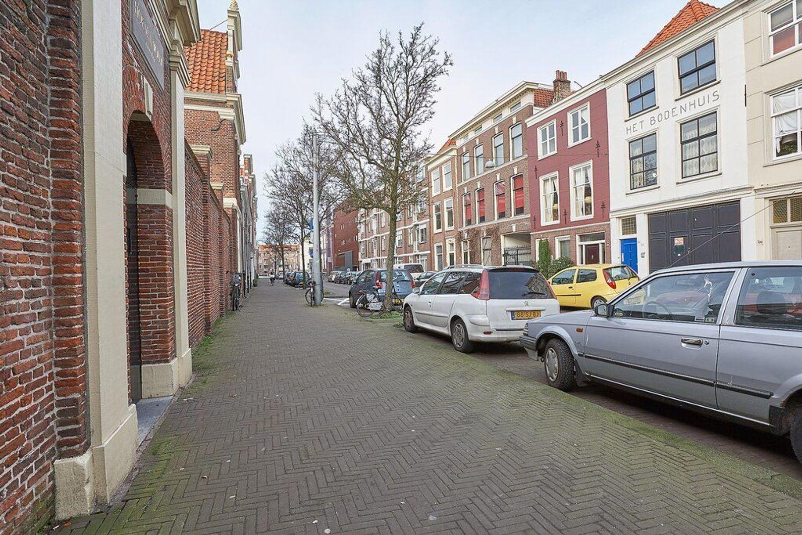 Lange Beestenmarkt, Den Haag foto-24 blur