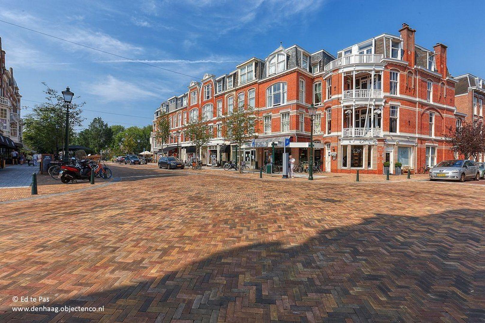 Van Loostraat, Den Haag foto-22 blur