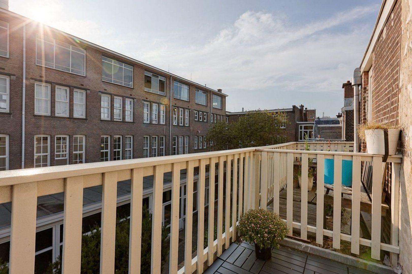 Joseph Ledelstraat, Den Haag foto-11 blur