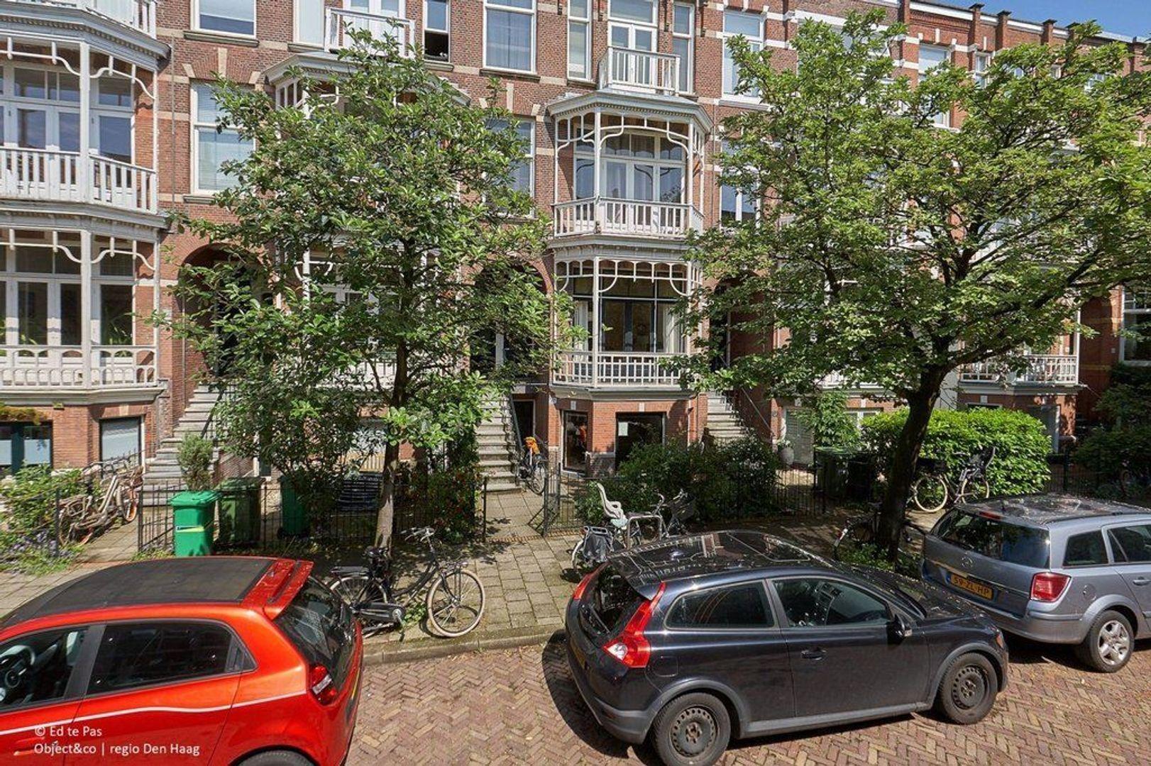 Gerard Reijnststraat, Den Haag foto-23 blur