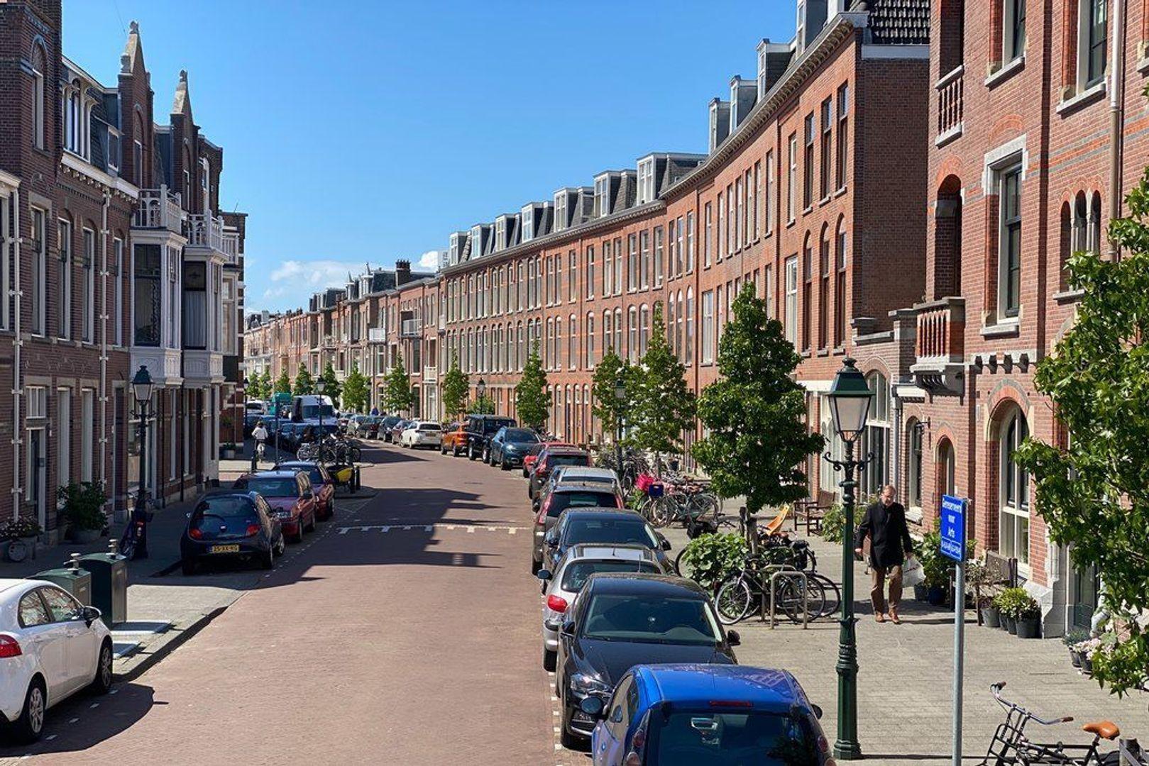 Archimedesstraat, Den Haag foto-2 blur