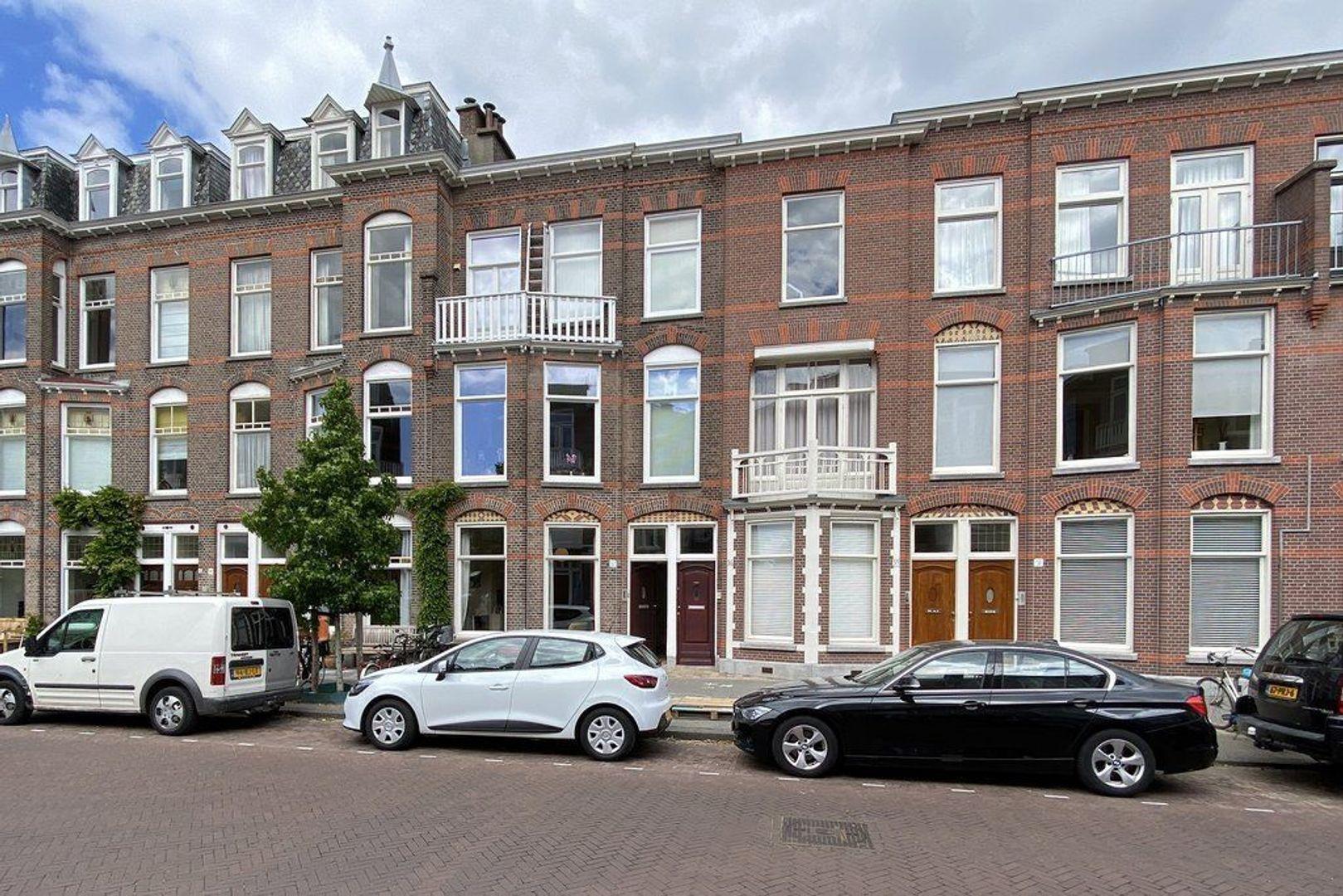 Archimedesstraat, Den Haag foto-26 blur