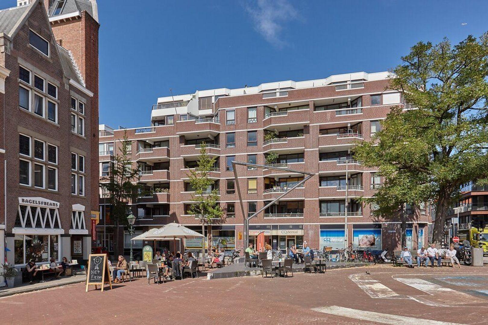 Piet Heinplein, Den Haag foto-3 blur