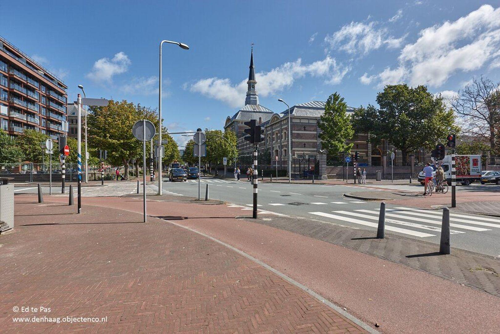 Piet Heinplein, Den Haag foto-36 blur