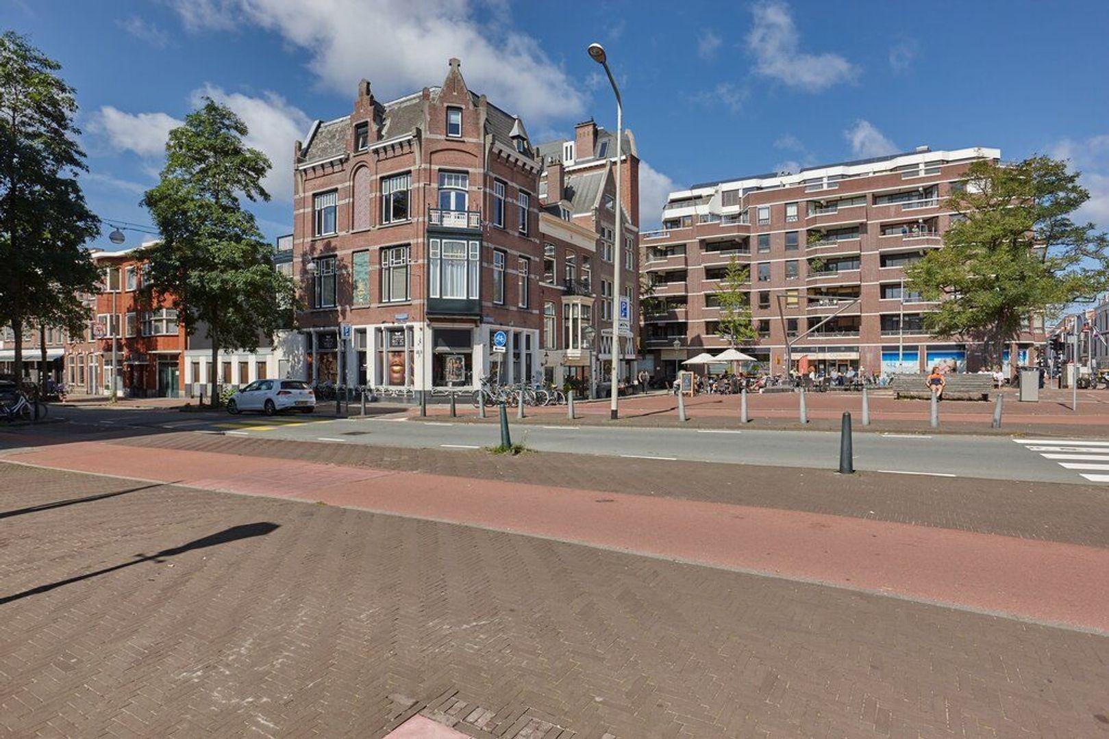 Piet Heinplein, Den Haag foto-33 blur