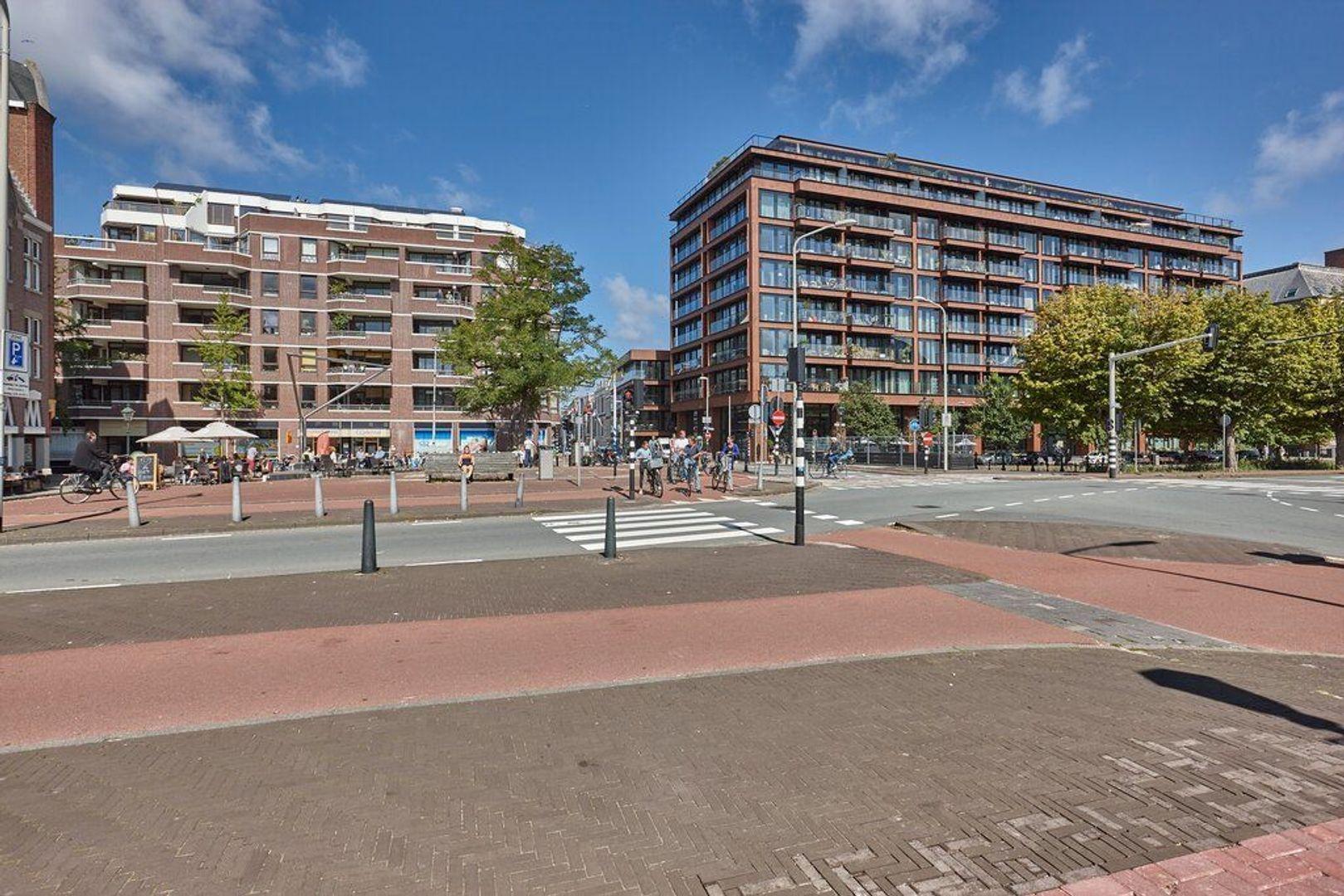 Piet Heinplein, Den Haag foto-34 blur