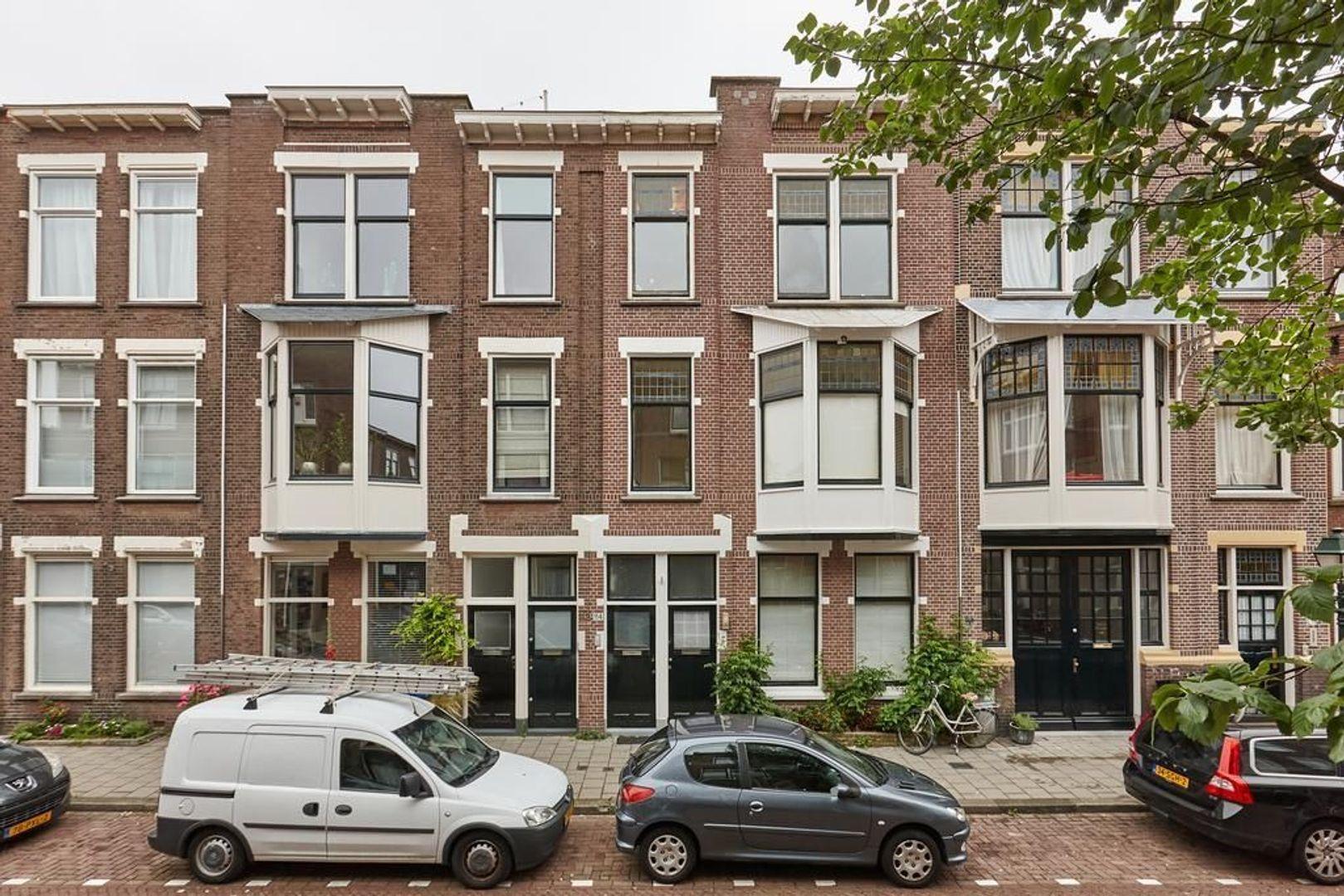 Van Beverningkstraat, Den Haag foto-0 blur