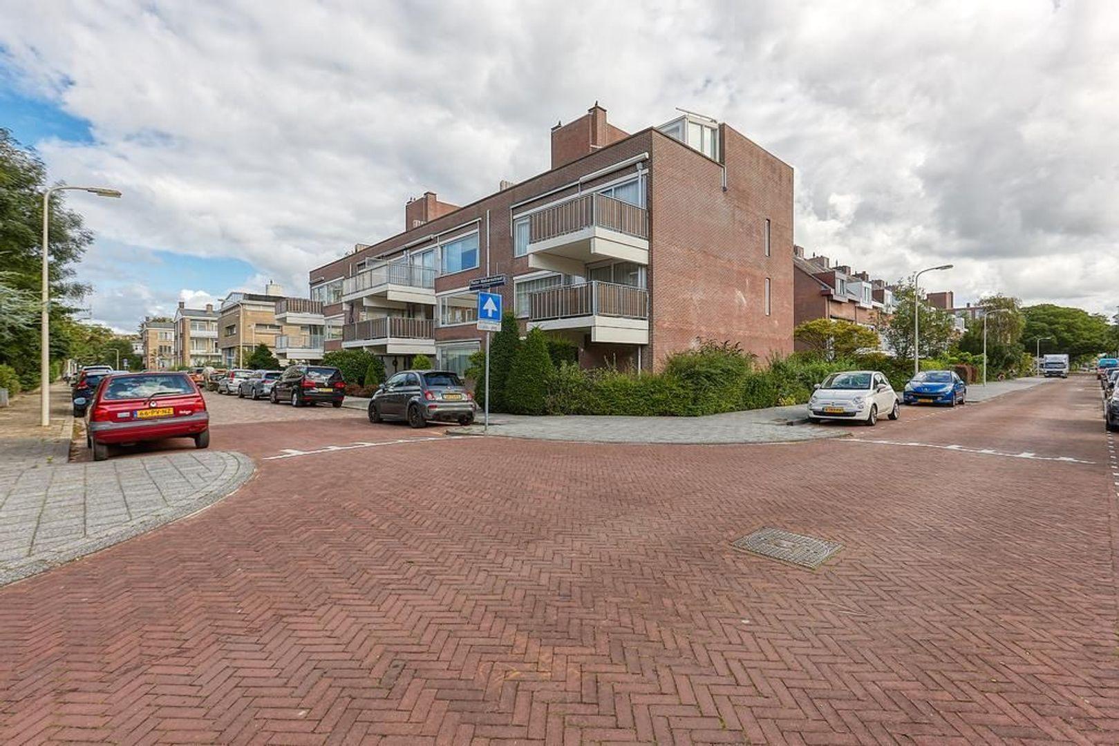 Pieter Meinersstraat, Den Haag foto-28 blur