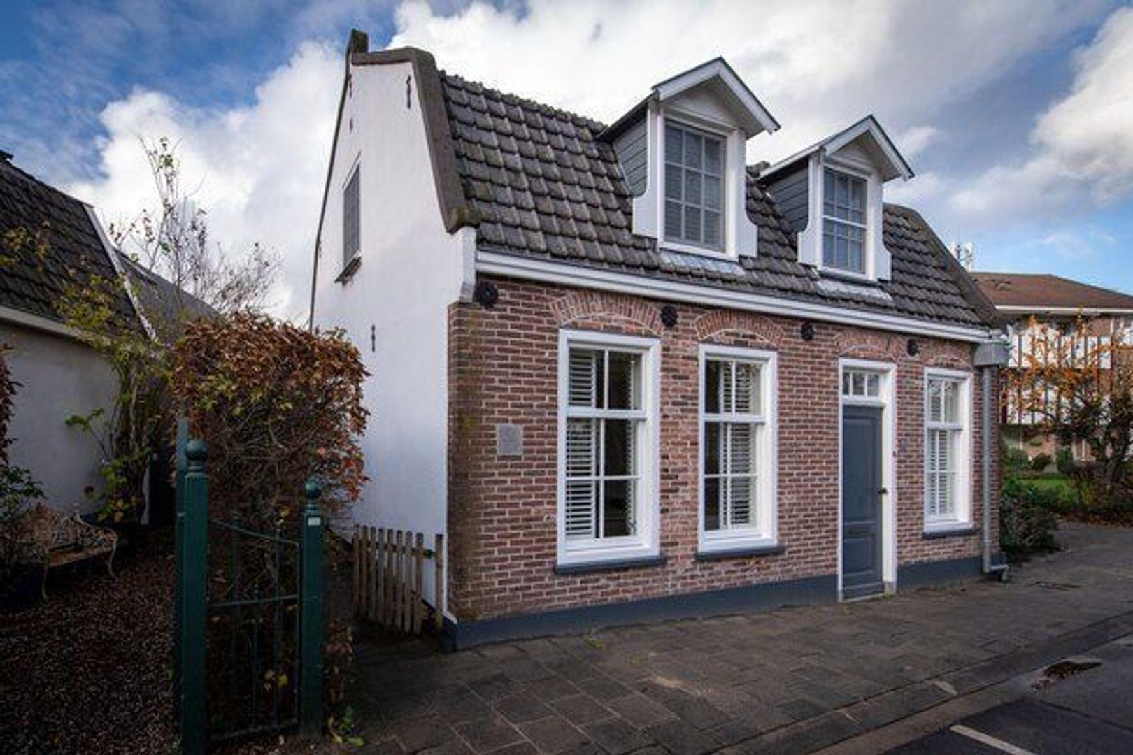 Dorpsstraat 21, Nieuwkoop foto-0 blur