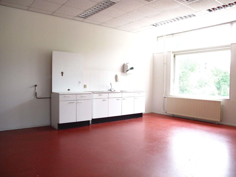 Kluizenaarsbocht 6 2E 320M2, Delft foto-33
