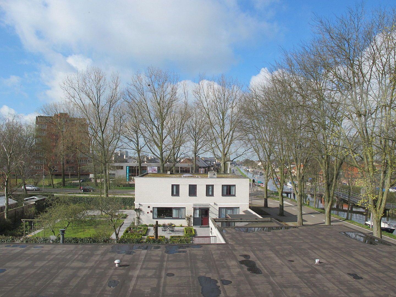 Kluizenaarsbocht 6 2E 320M2, Delft foto-8