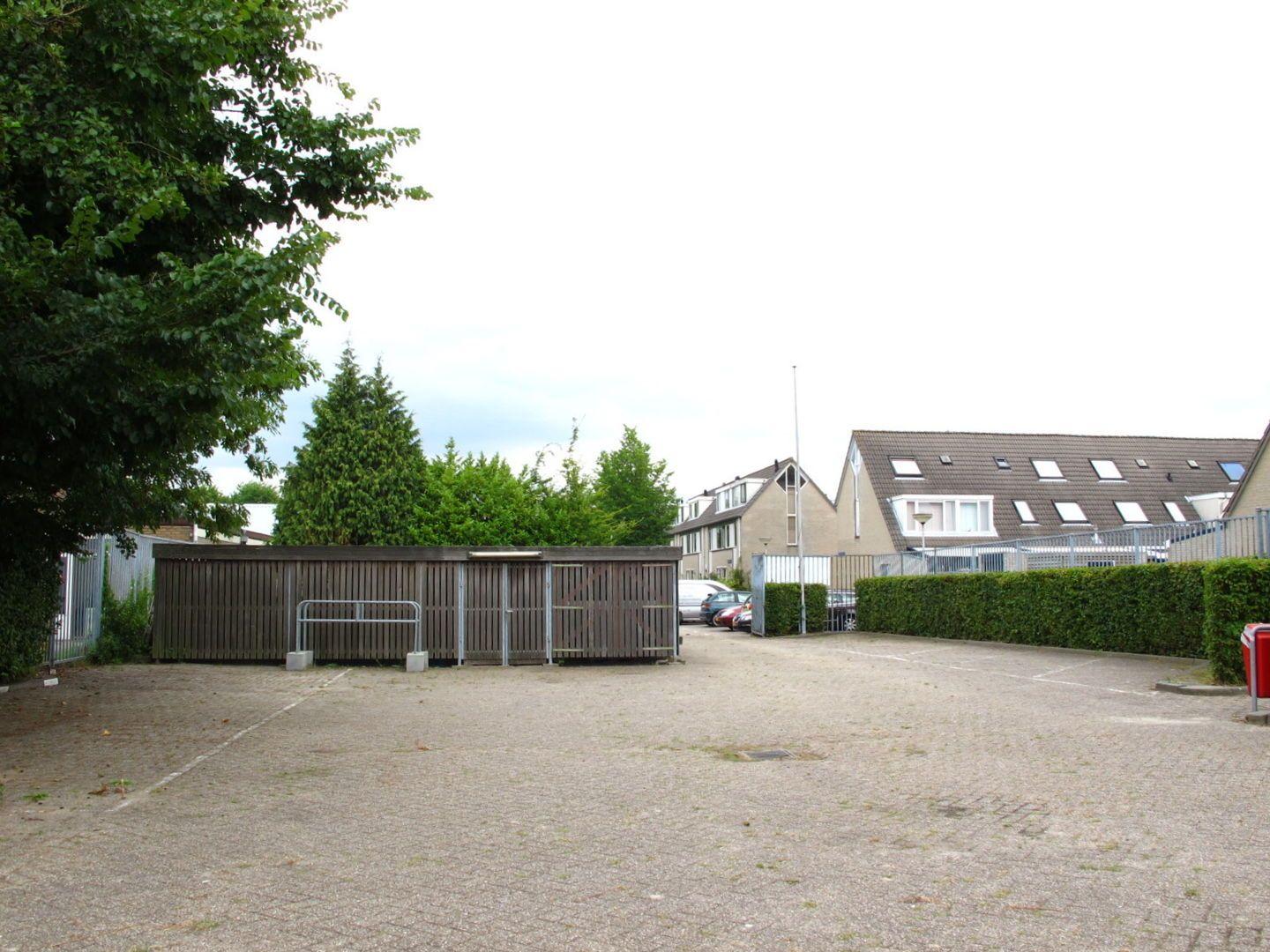 Kluizenaarsbocht 6 2E 320M2, Delft foto-17