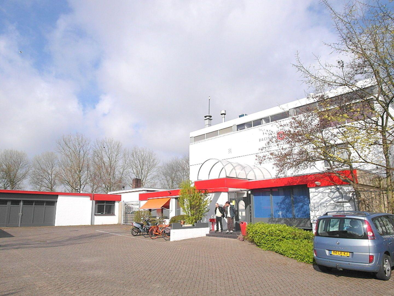 Kluizenaarsbocht 6 2E 320M2, Delft foto-23