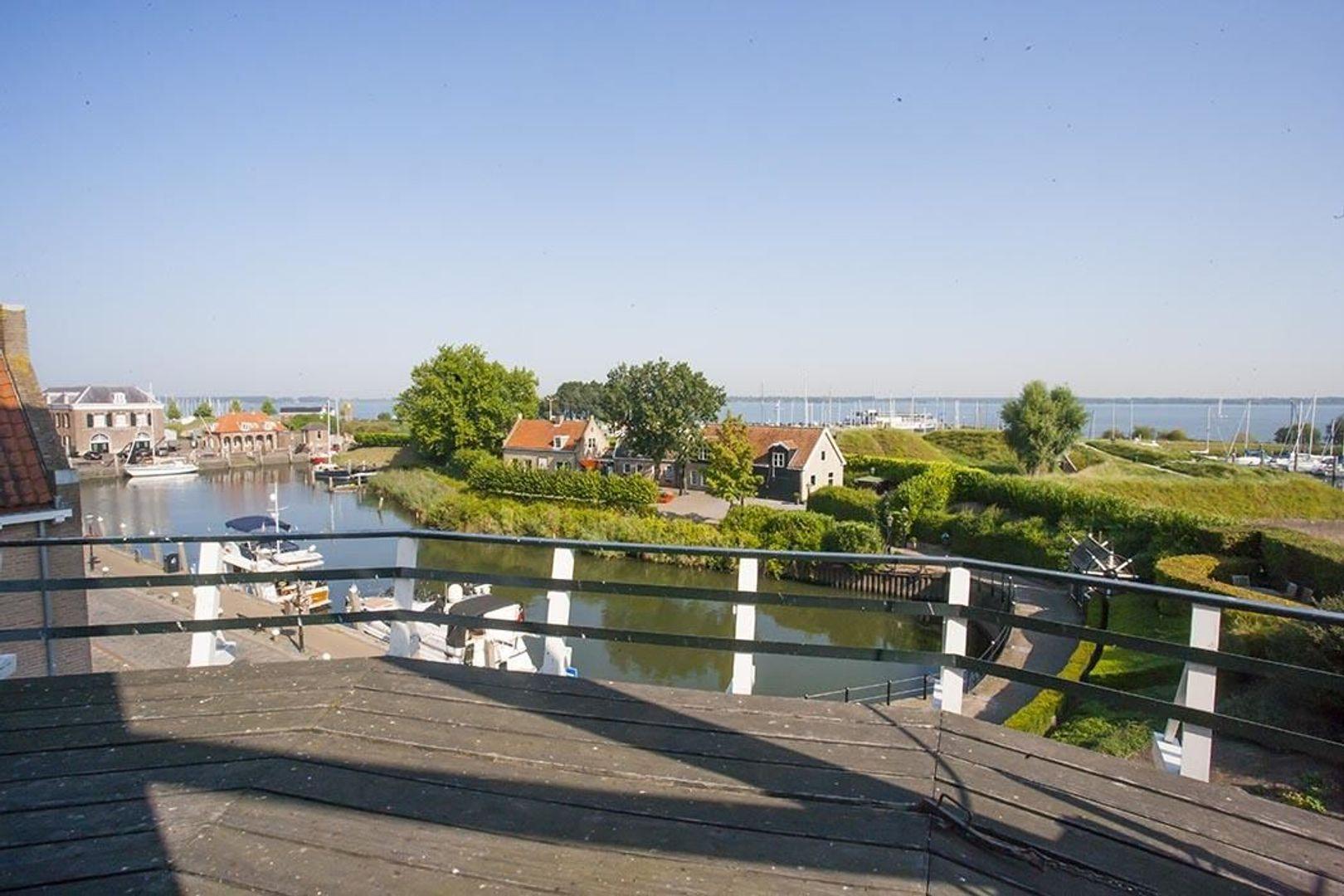 Bovenkade 11, Willemstad NB foto-
