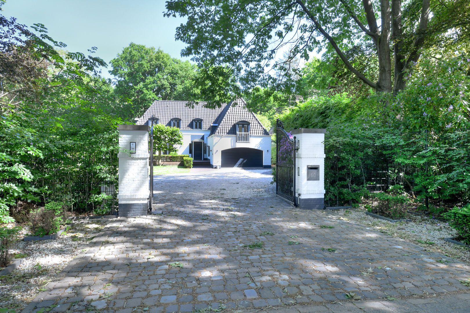 Warandelaan 60, Oosterhout nb foto-