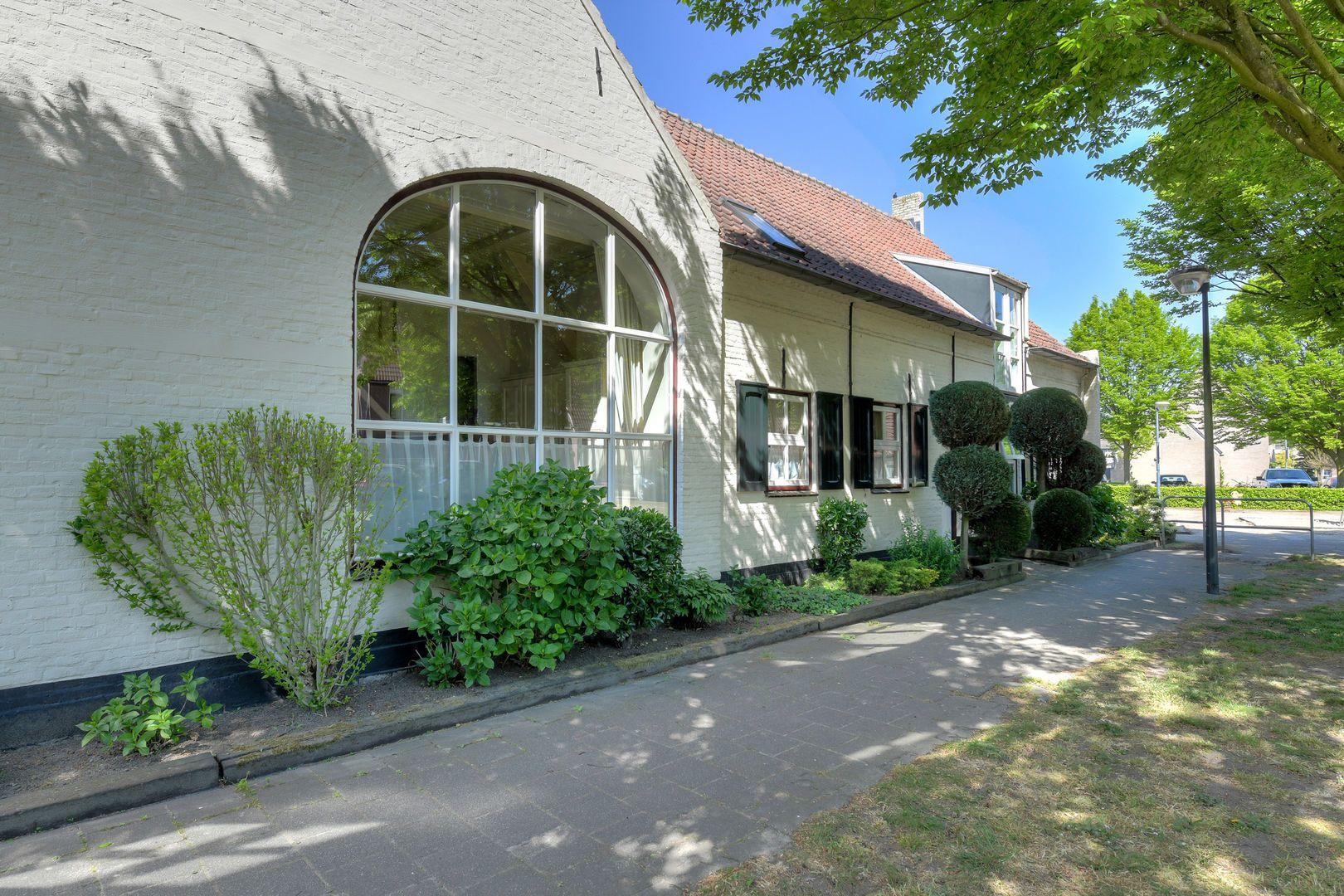 Henri Dunantstraat 24, Oosterhout nb foto-