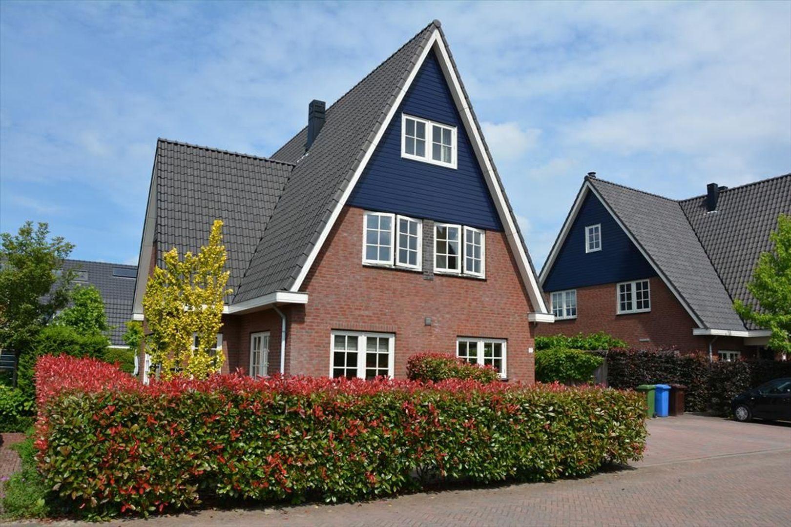 Augustijnenlaan 17, Alphen Aan Den Rijn foto-
