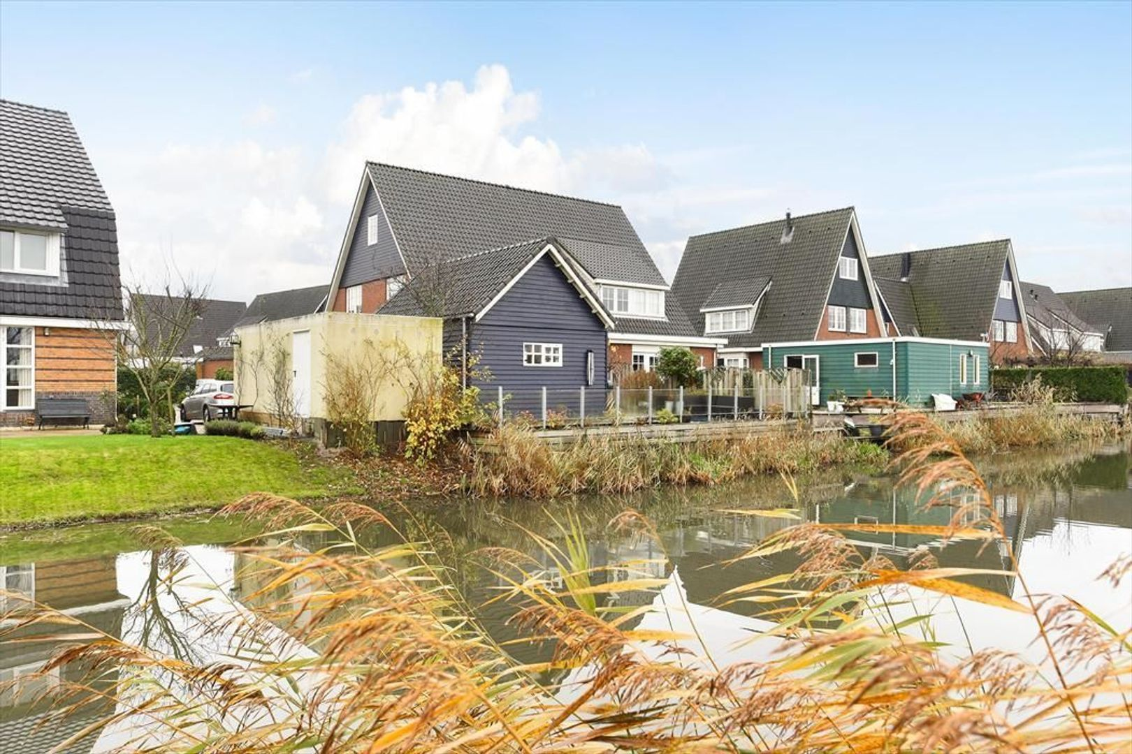 Augustijnenlaan 2, Alphen Aan Den Rijn foto-