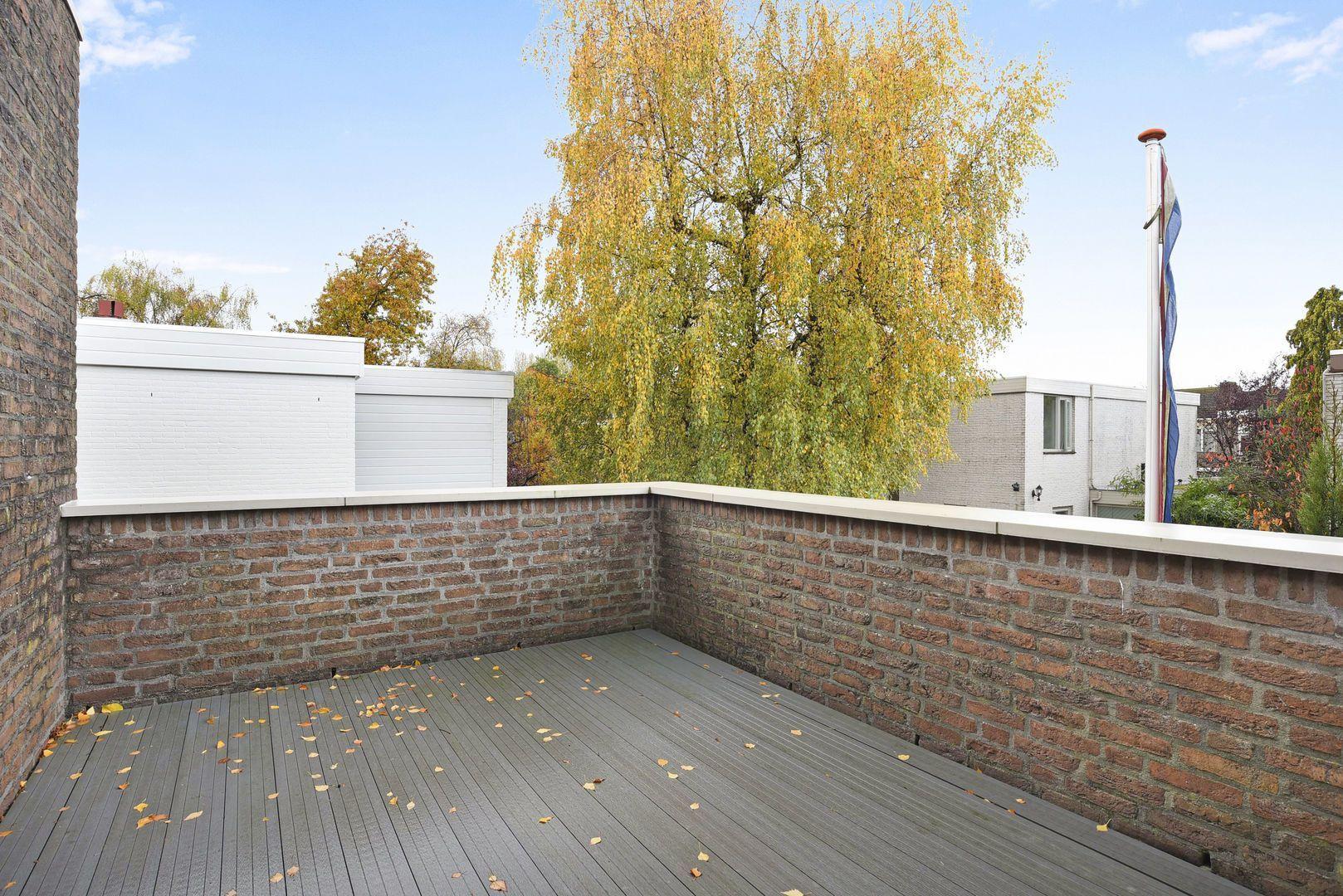 Loevestein 56, Alphen aan den Rijn foto-