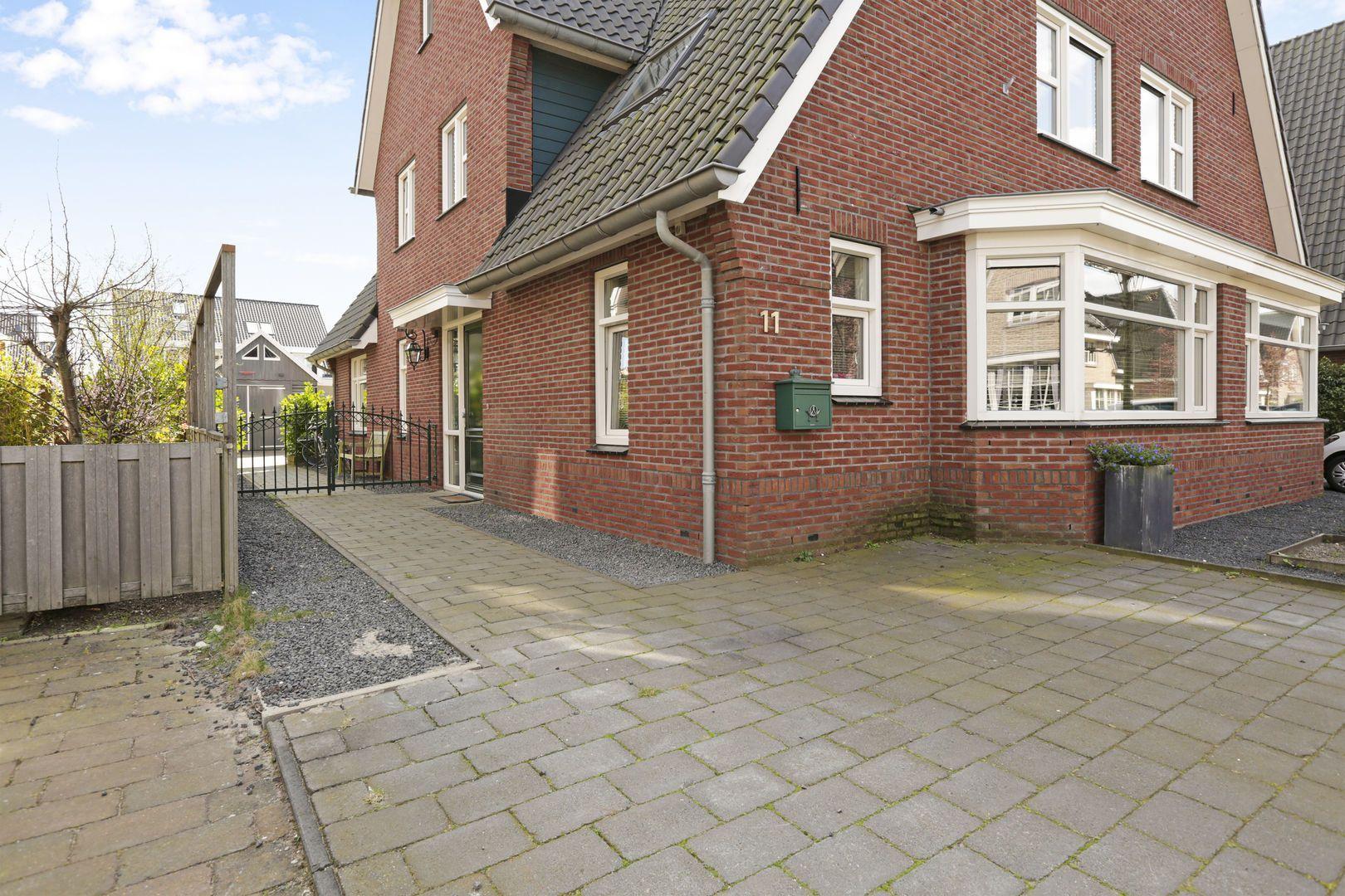 Franciscanenlaan 11, Alphen aan den Rijn foto-