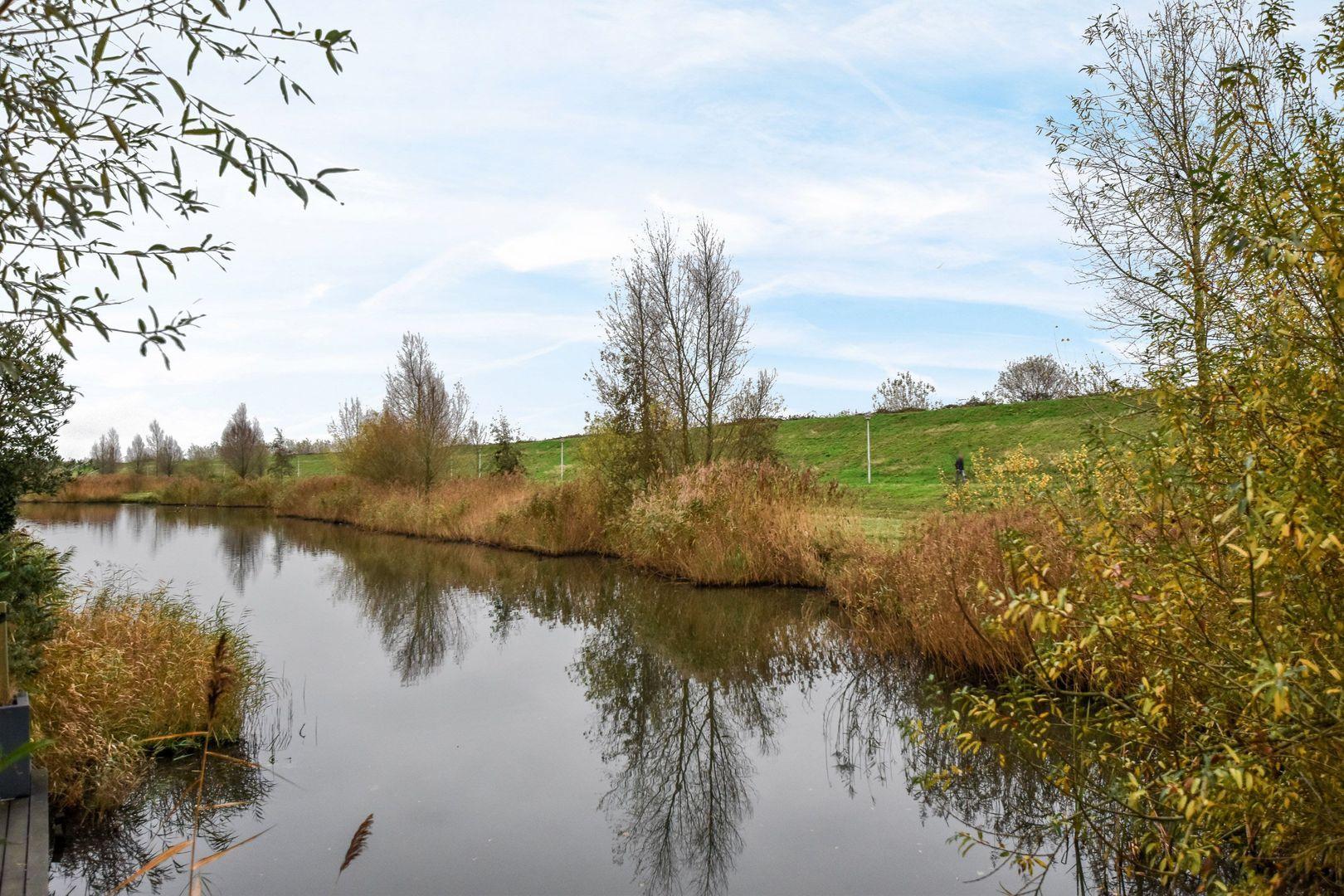 Augustijnenlaan 33, Alphen aan den Rijn foto-