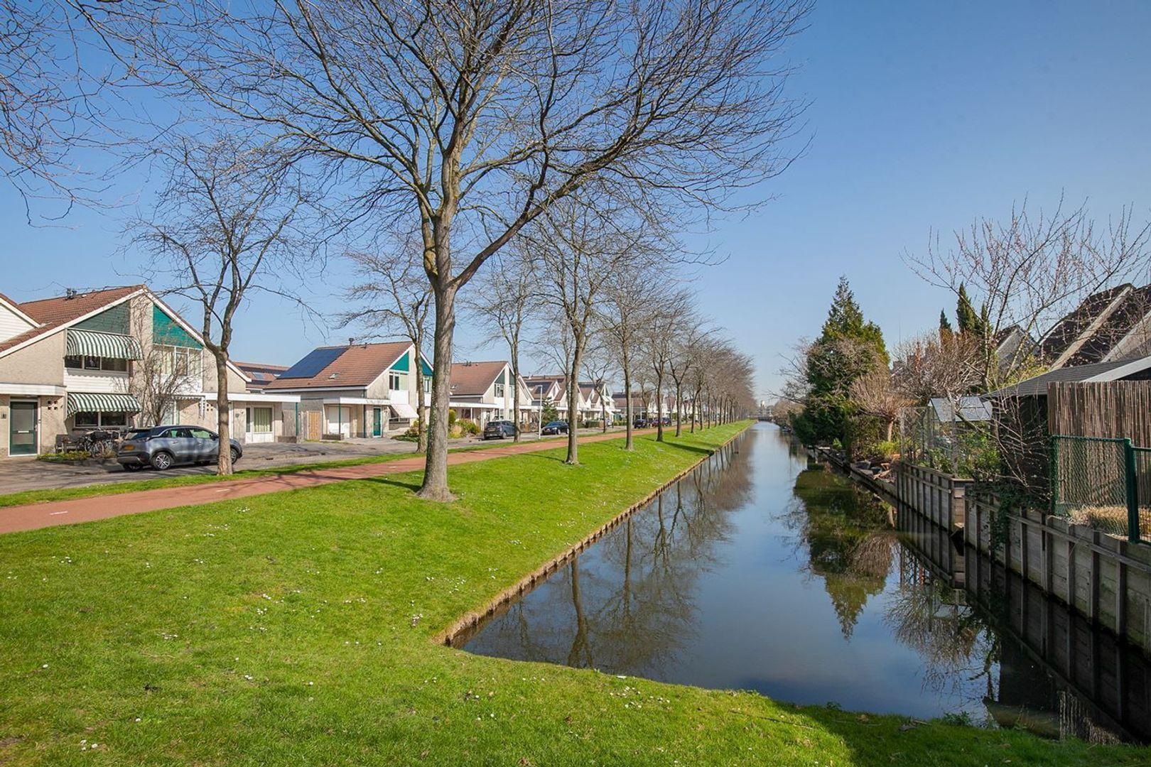 Mozartstraat, Barendrecht foto-30