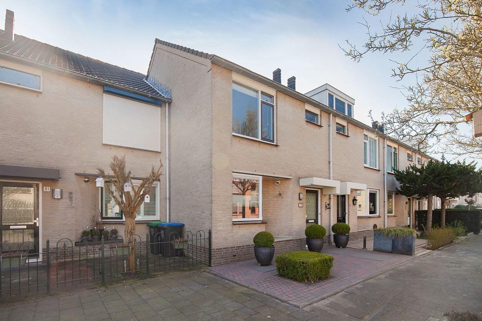 Mozartstraat, Barendrecht foto-31