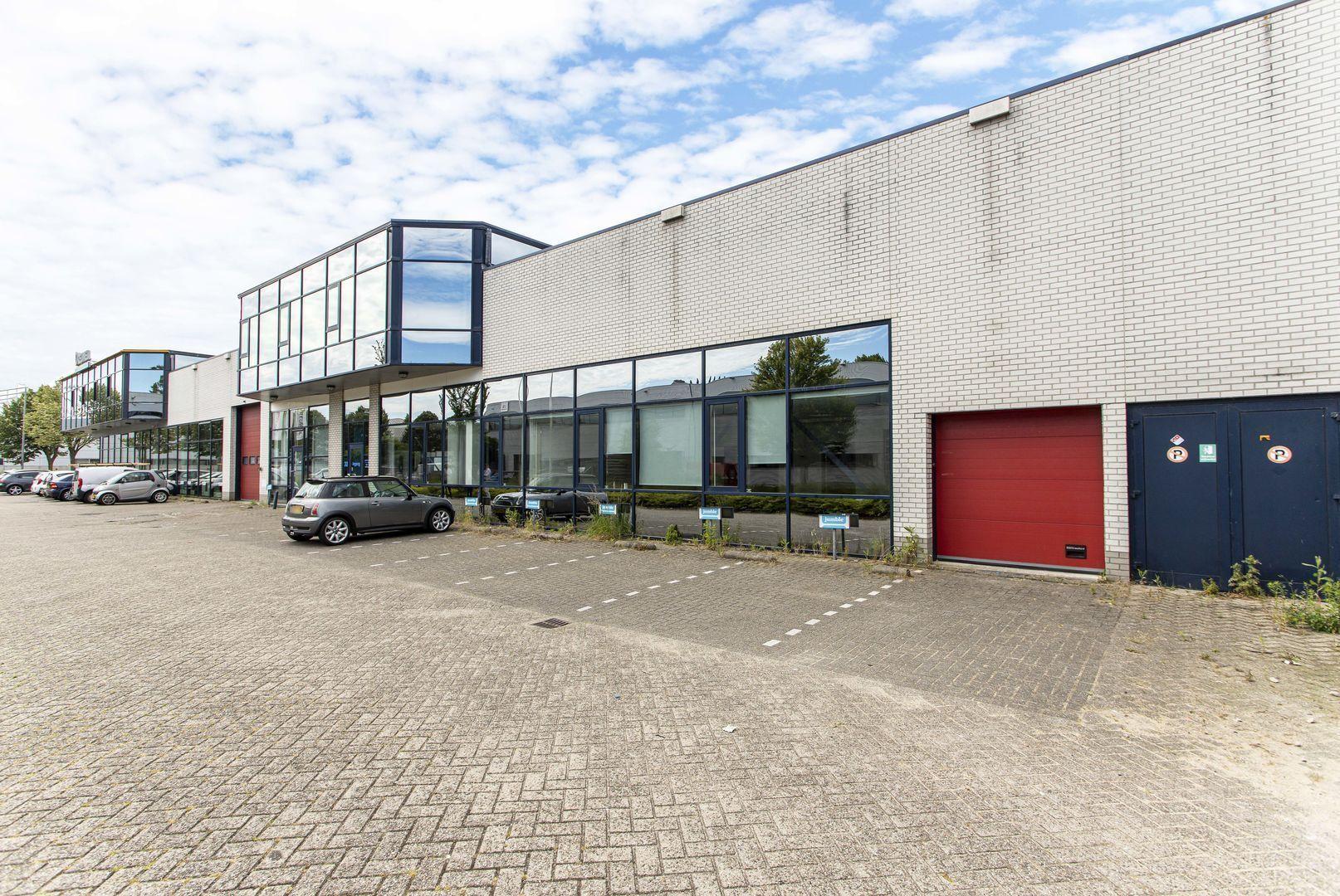 Rhone 32, Den Haag foto-4