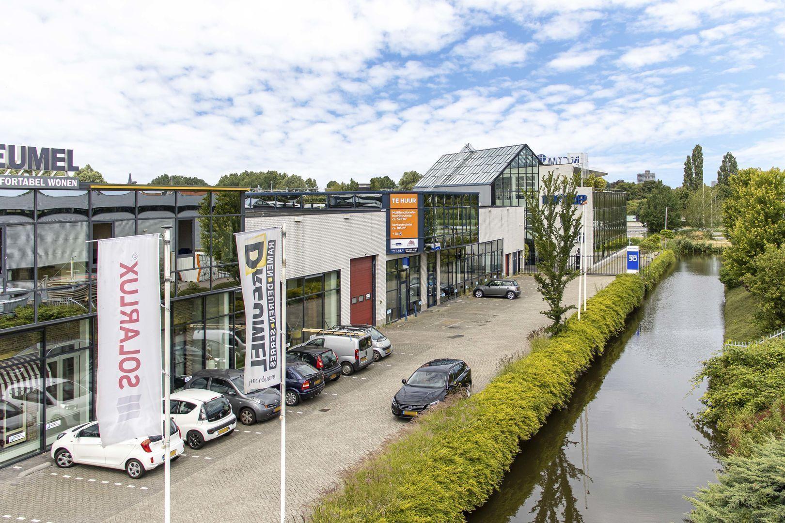 Rhone 32, Den Haag foto-3