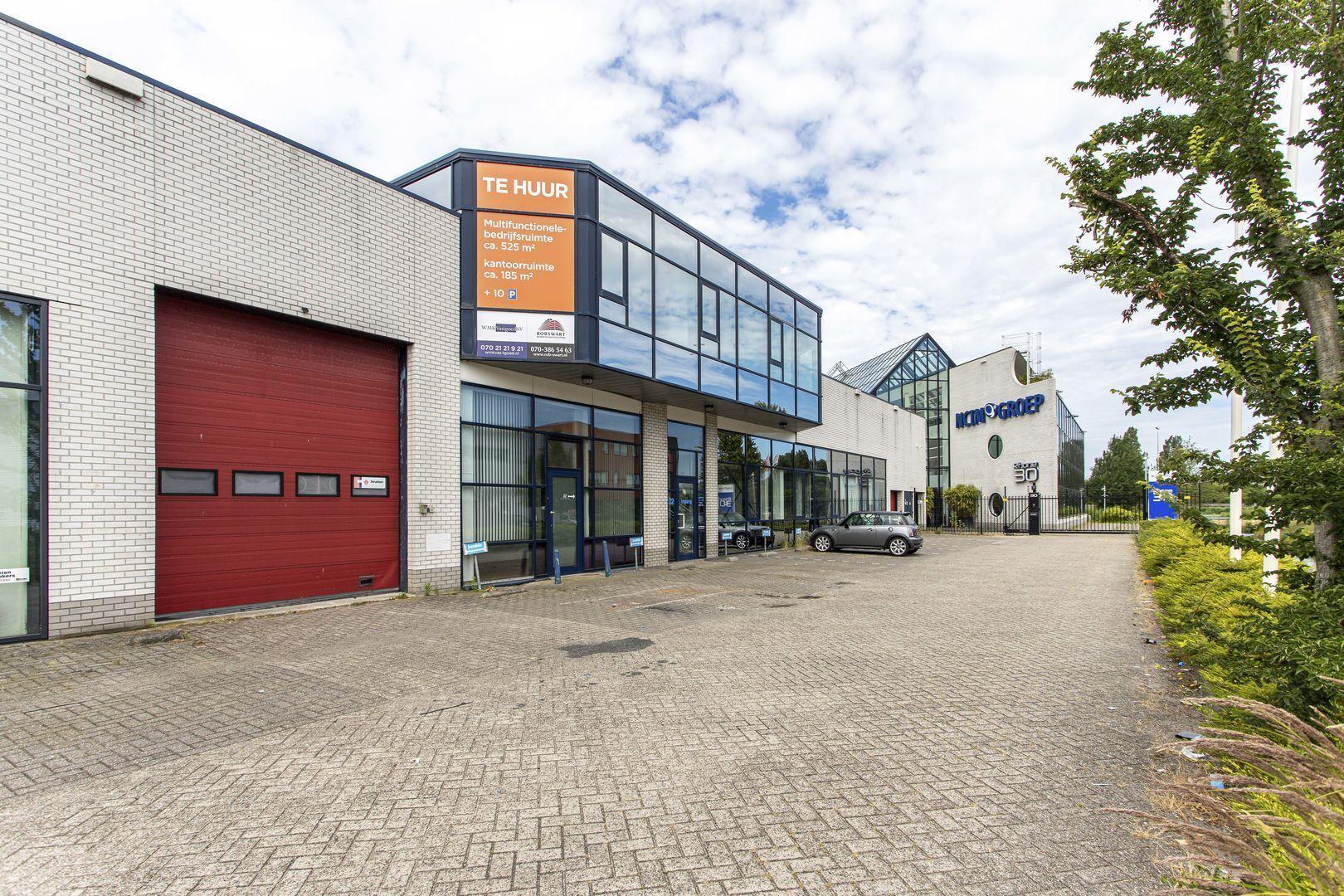 Rhone 32, Den Haag foto-0