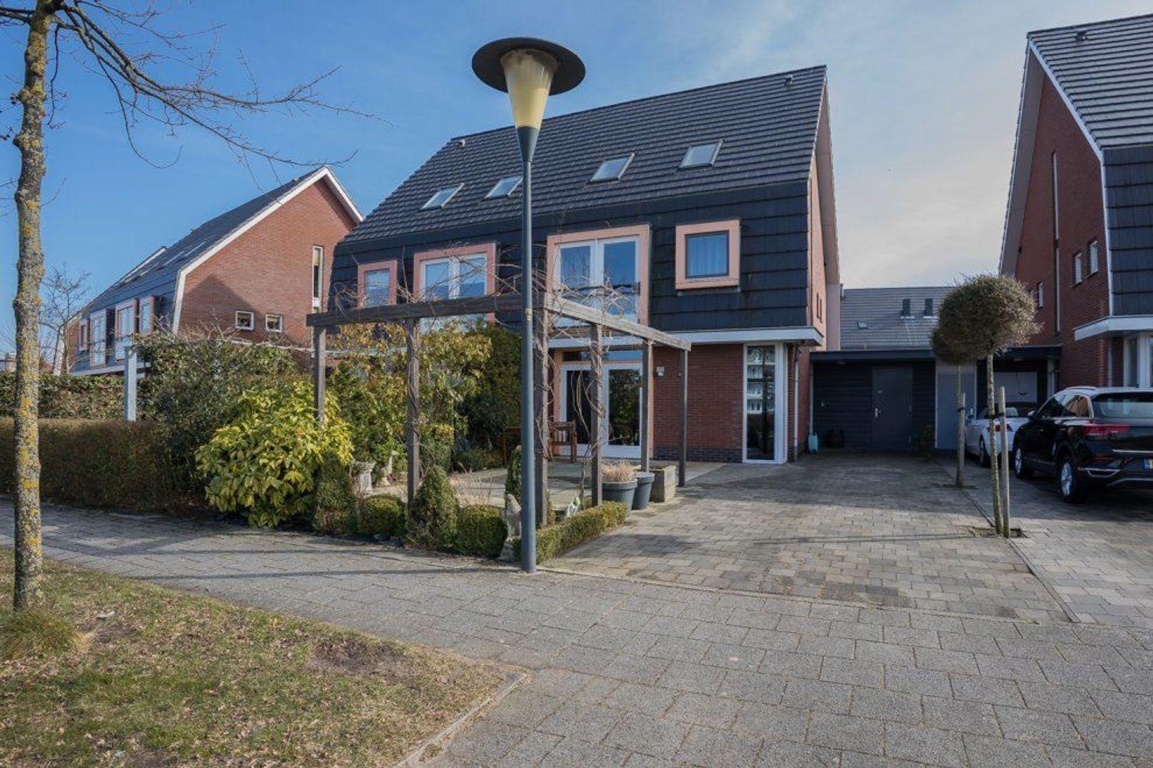 Thomas Morelaan 10, Zoetermeer foto-0