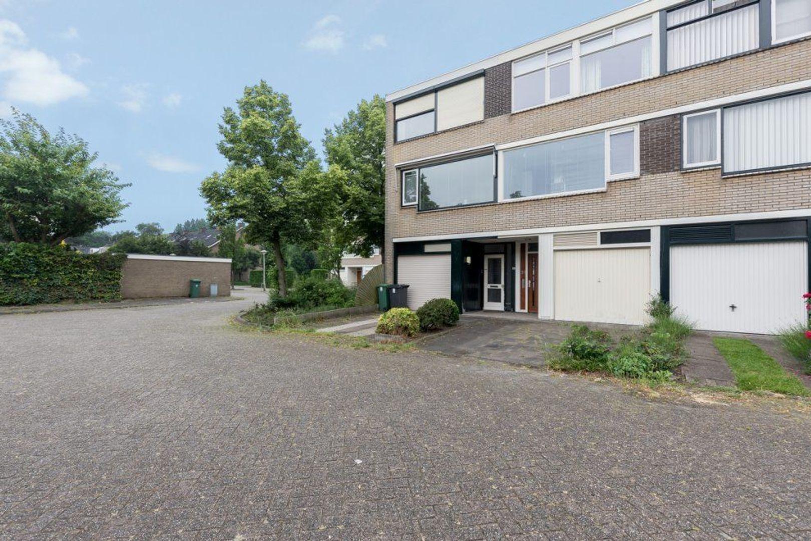 De Bourbonstraat 21, Zoetermeer foto-1