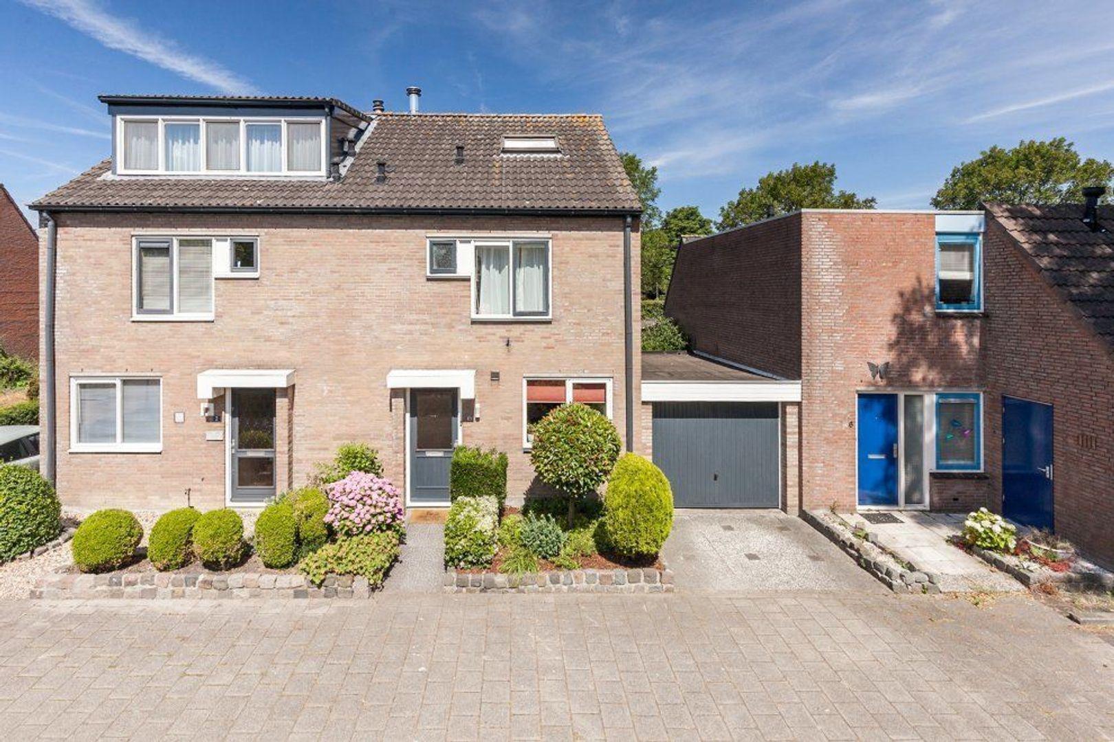 Lupineakker 4, Zoetermeer foto-0