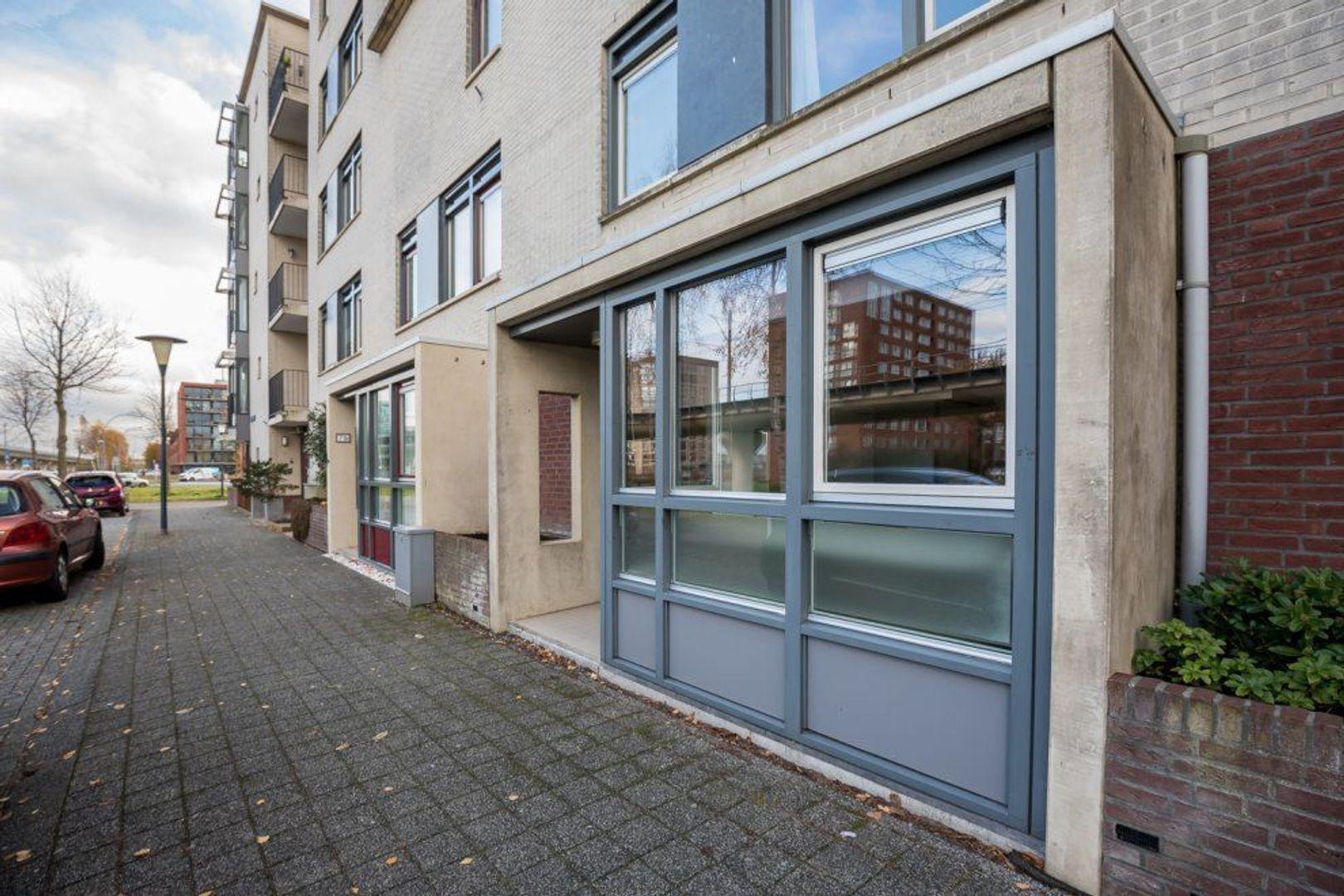 Aarlanderveenstraat 73, Zoetermeer foto-2