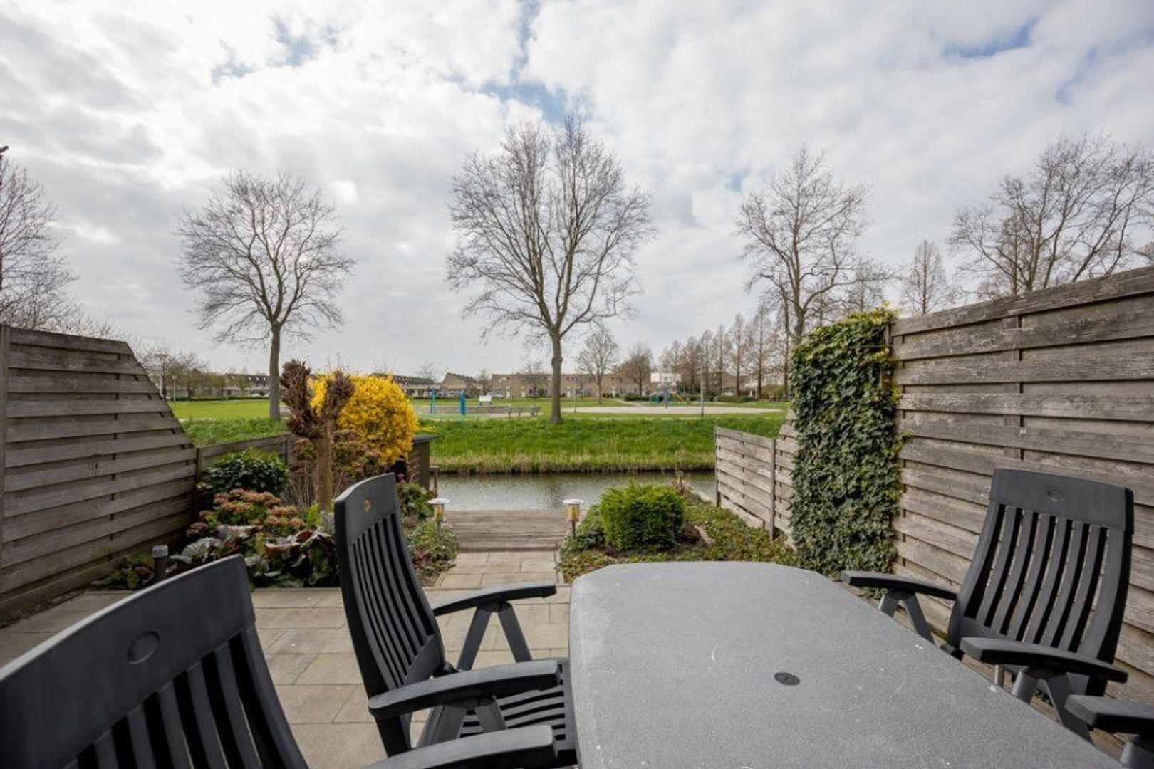 Van Embdenruimte 49, Zoetermeer foto-27