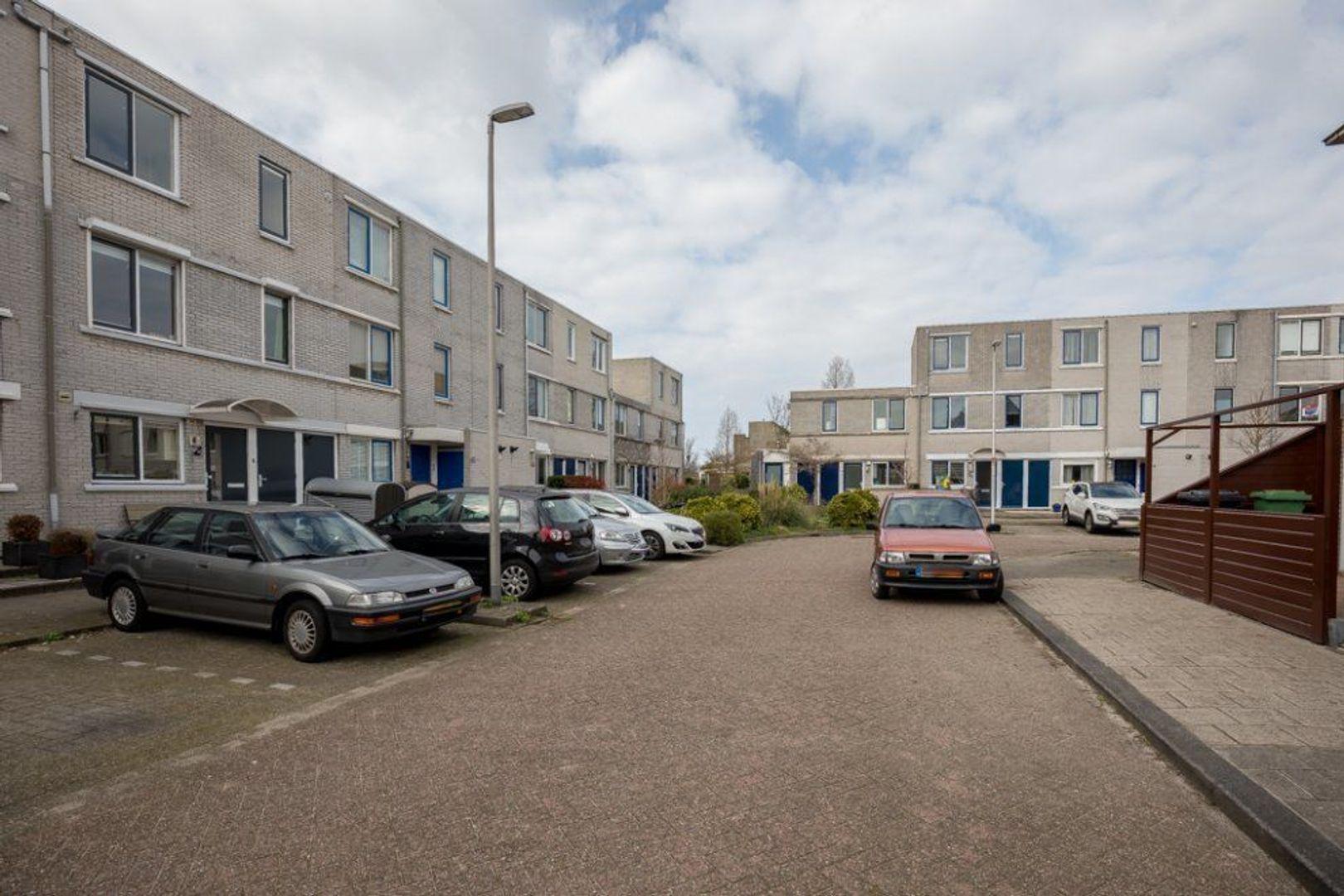 Van Embdenruimte 49, Zoetermeer foto-3