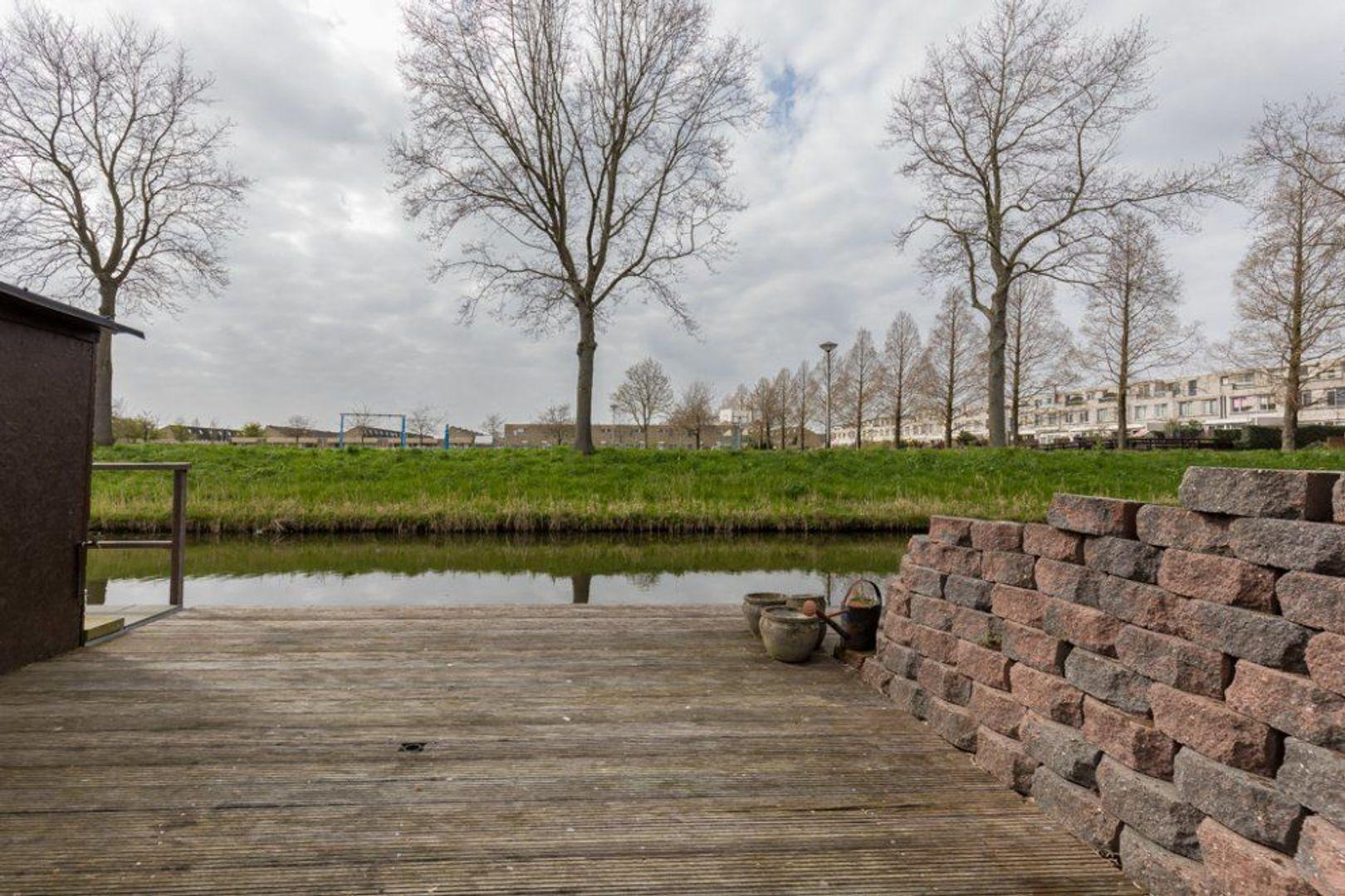 Van Embdenruimte 49, Zoetermeer foto-39