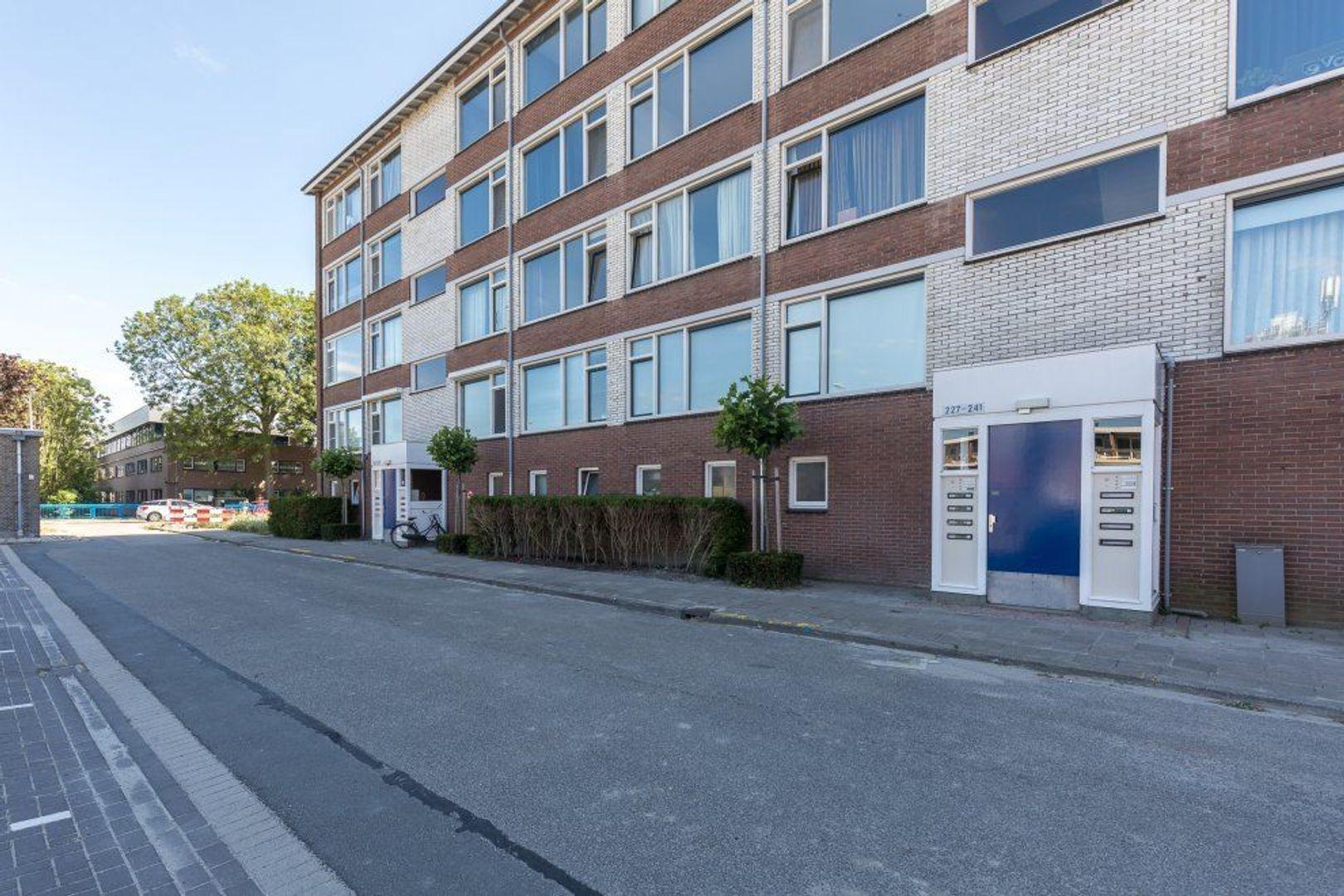 Karel Doormanlaan 237, Zoetermeer foto-1