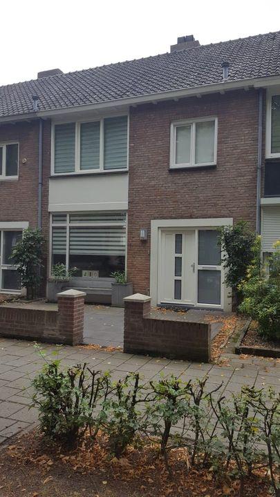 Postelse Hoeflaan, Tilburg