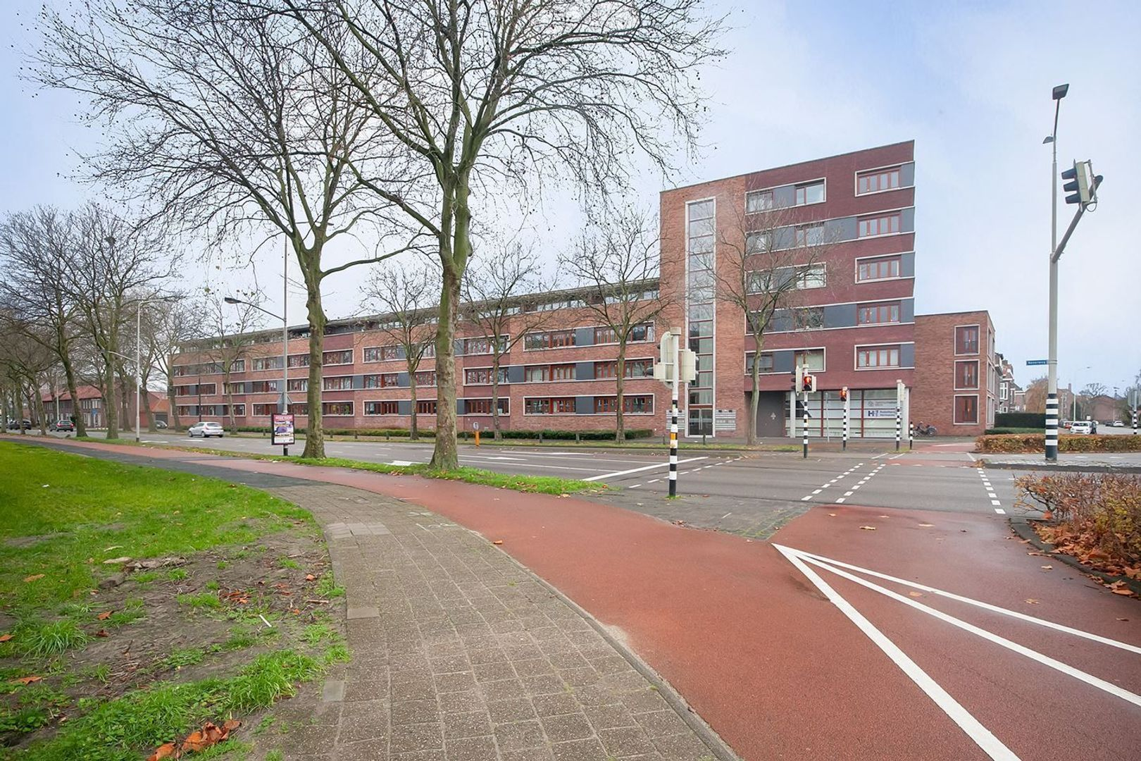 Beverweg, Breda foto-0 blur